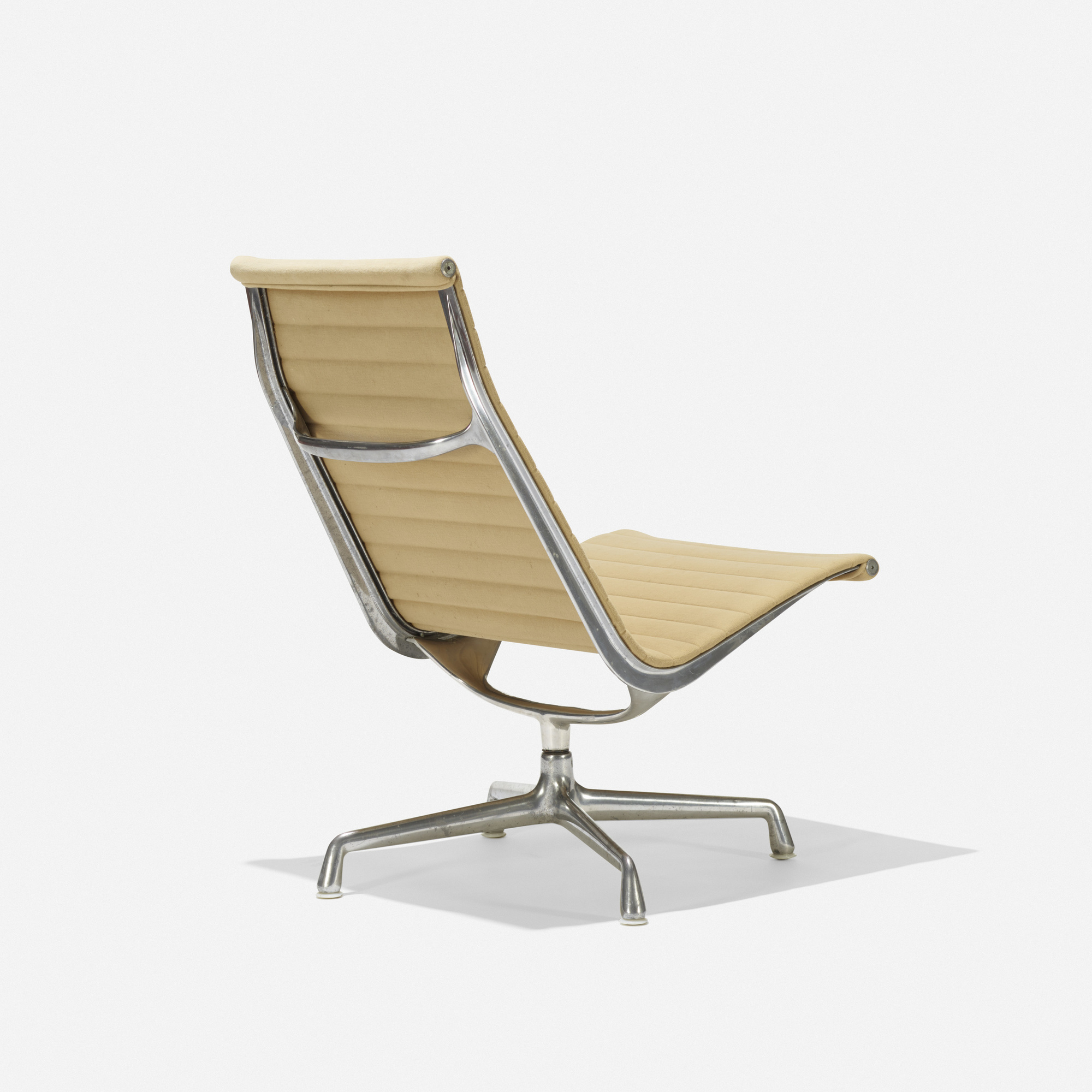 140: Charles And Ray Eames / Aluminum Group Lounge Chair (1 Of 3)
