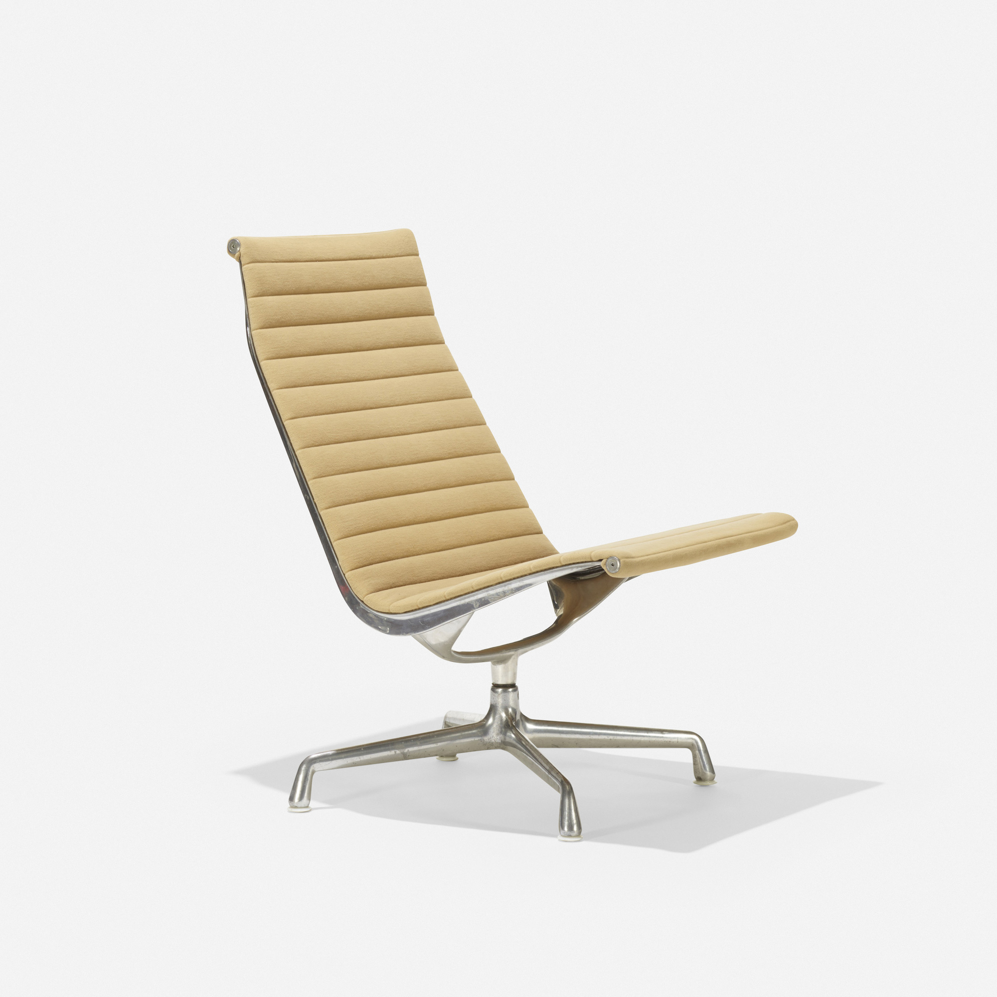 ... 140: Charles And Ray Eames / Aluminum Group Lounge Chair (2 Of 3)