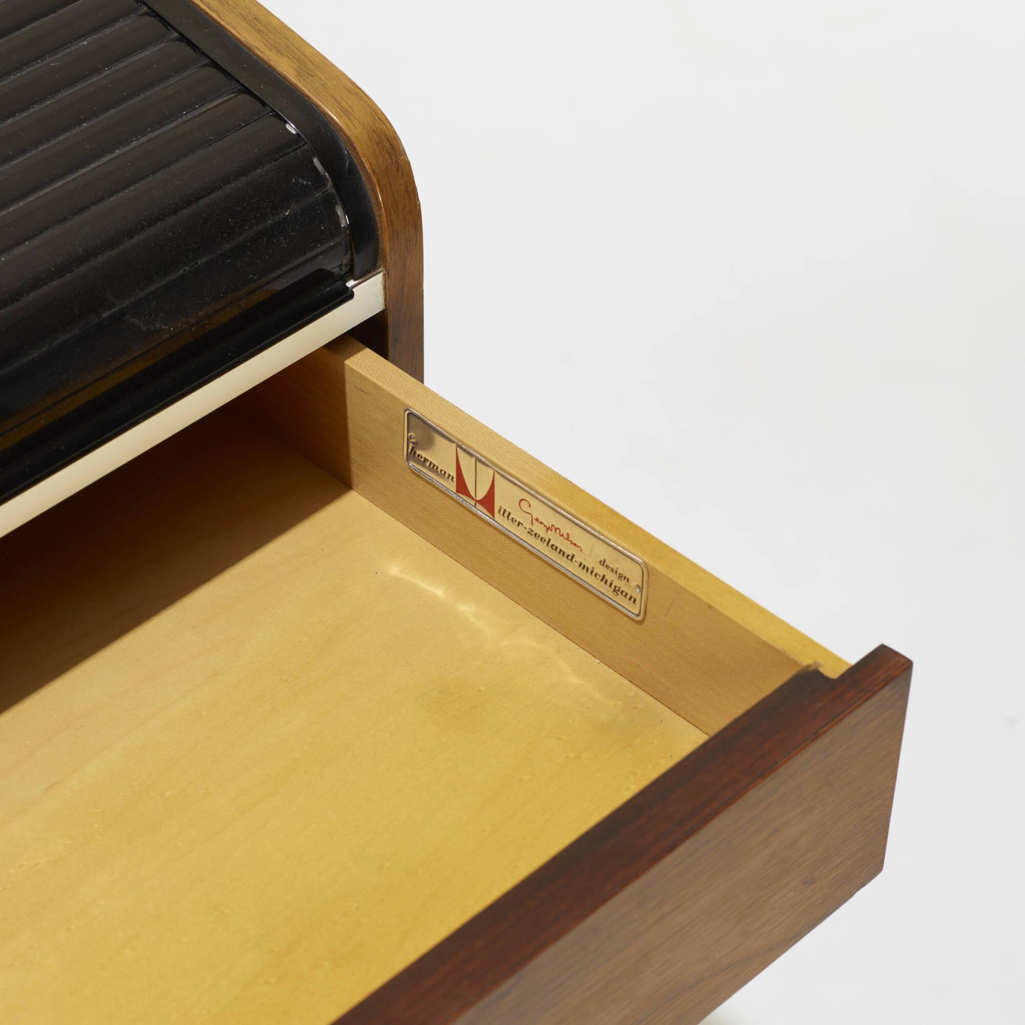 141: George Nelson & Associates / Roll Top desk, model 5496 (3 of 3)