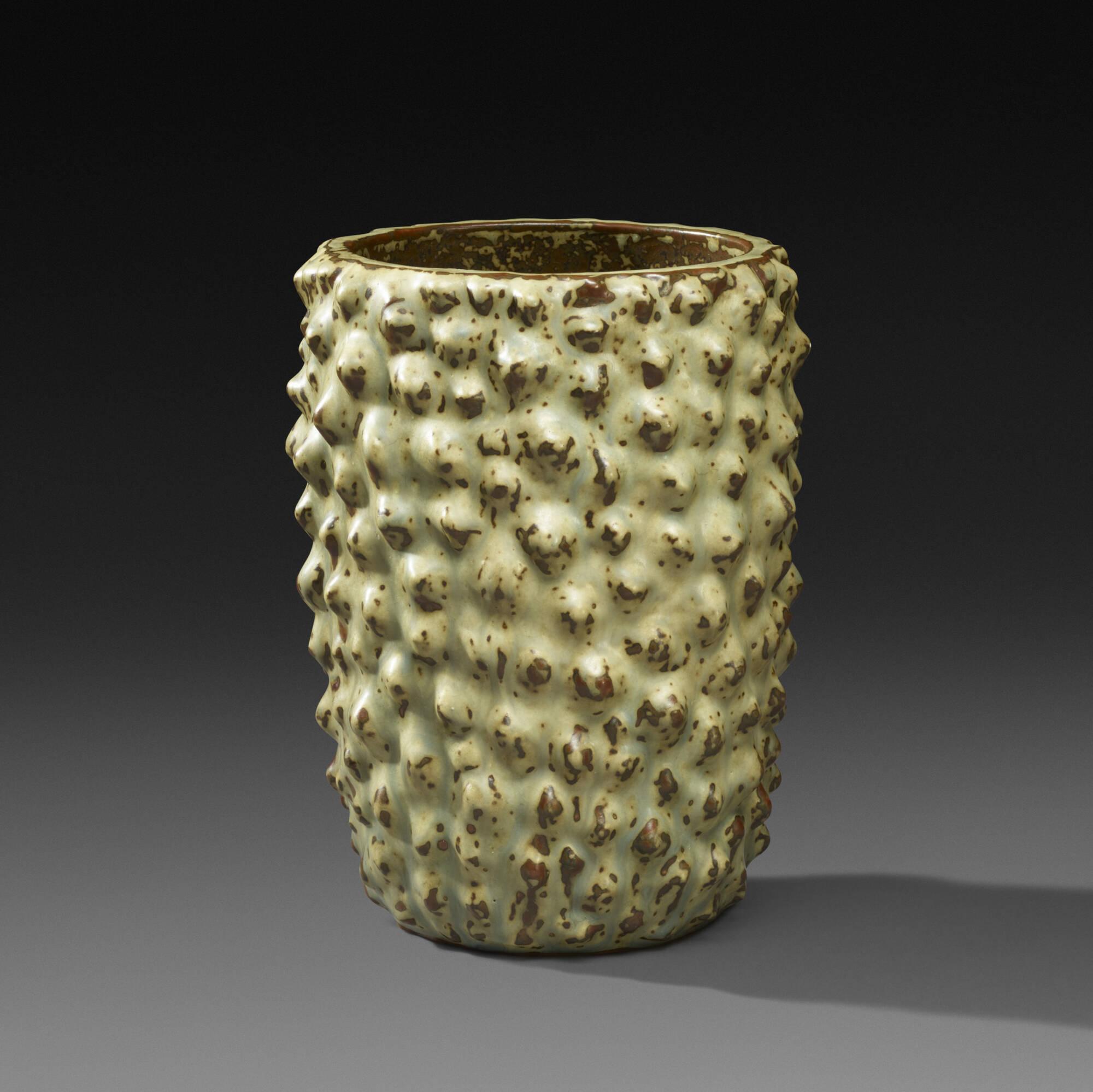 143: Axel Salto / Budding vase (1 of 4)