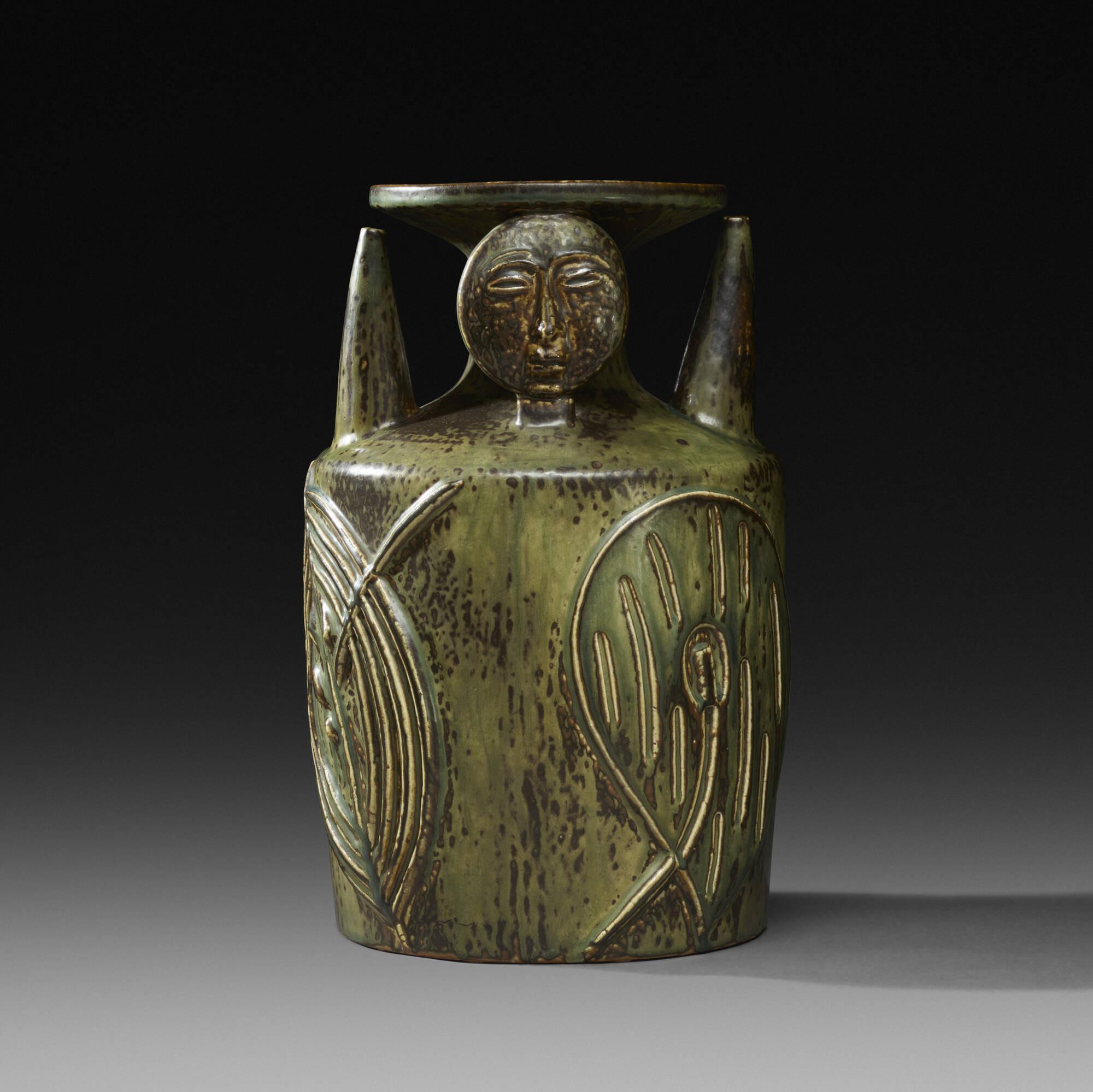 146: Axel Salto / Living Stone vase (1 of 3)