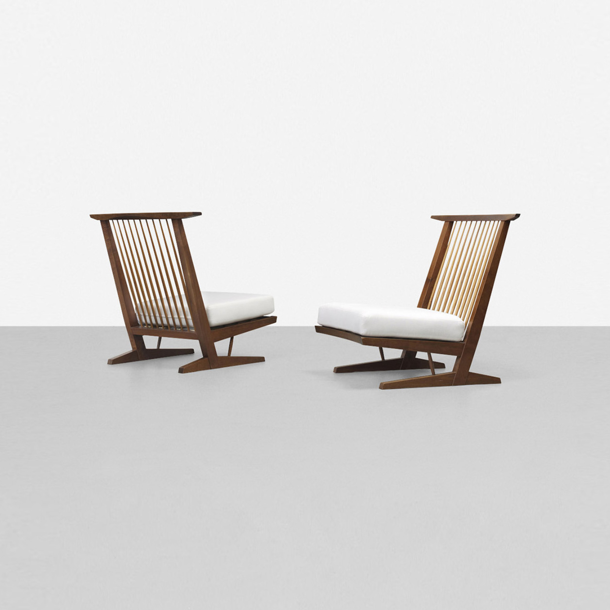 146: George Nakashima / Conoid Cushion Lounge Chairs, Pair (1 Of 4)