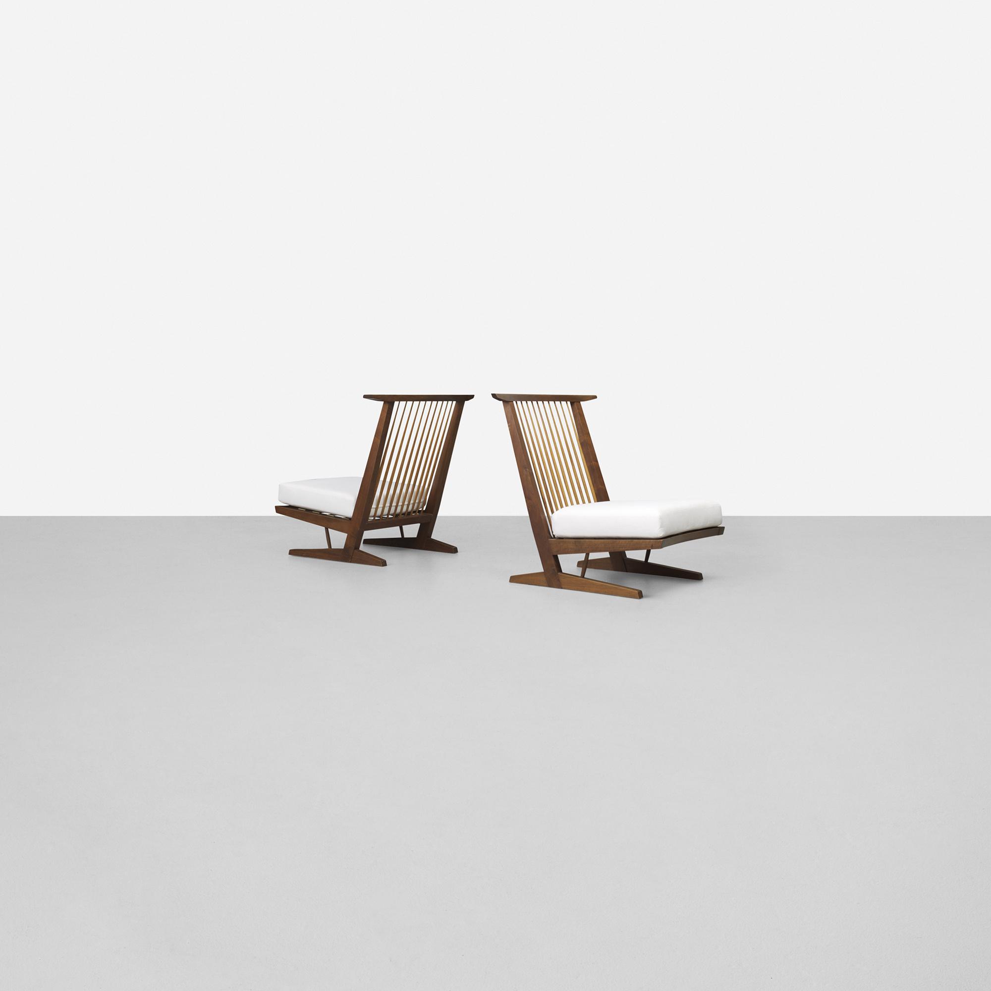 ... 146: George Nakashima / Conoid Cushion Lounge Chairs, Pair (2 Of 4)