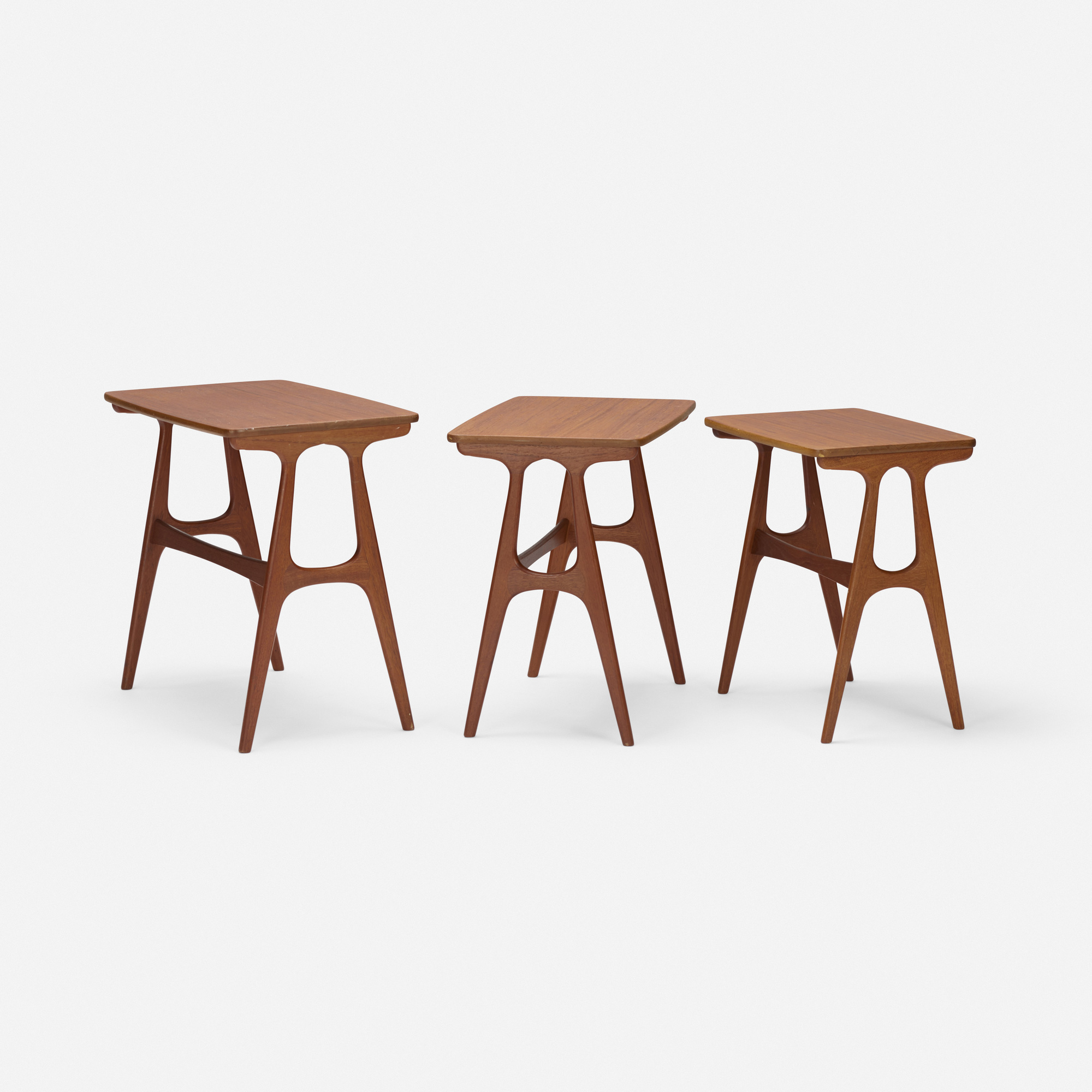 147: Erling Torvits / nesting tables, set of three (2 of 2)