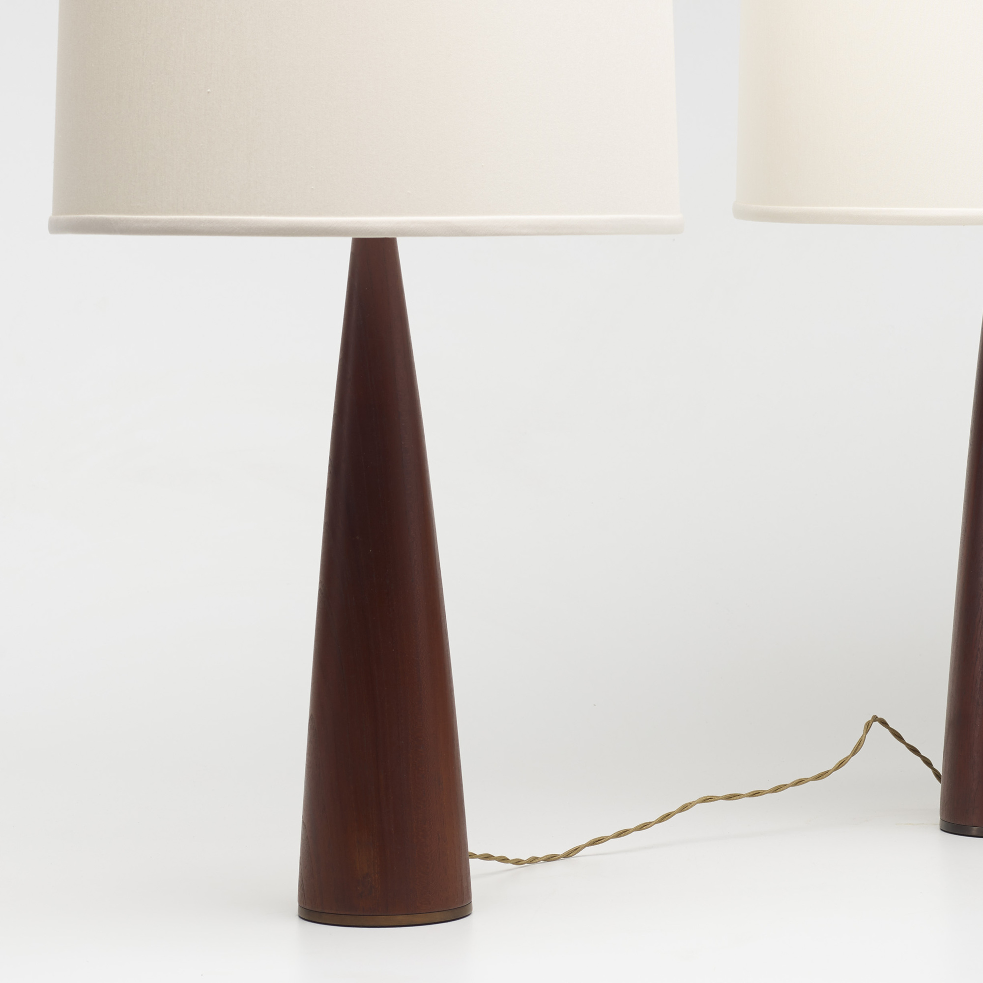 148: Modern / table lamps, pair (2 of 2)
