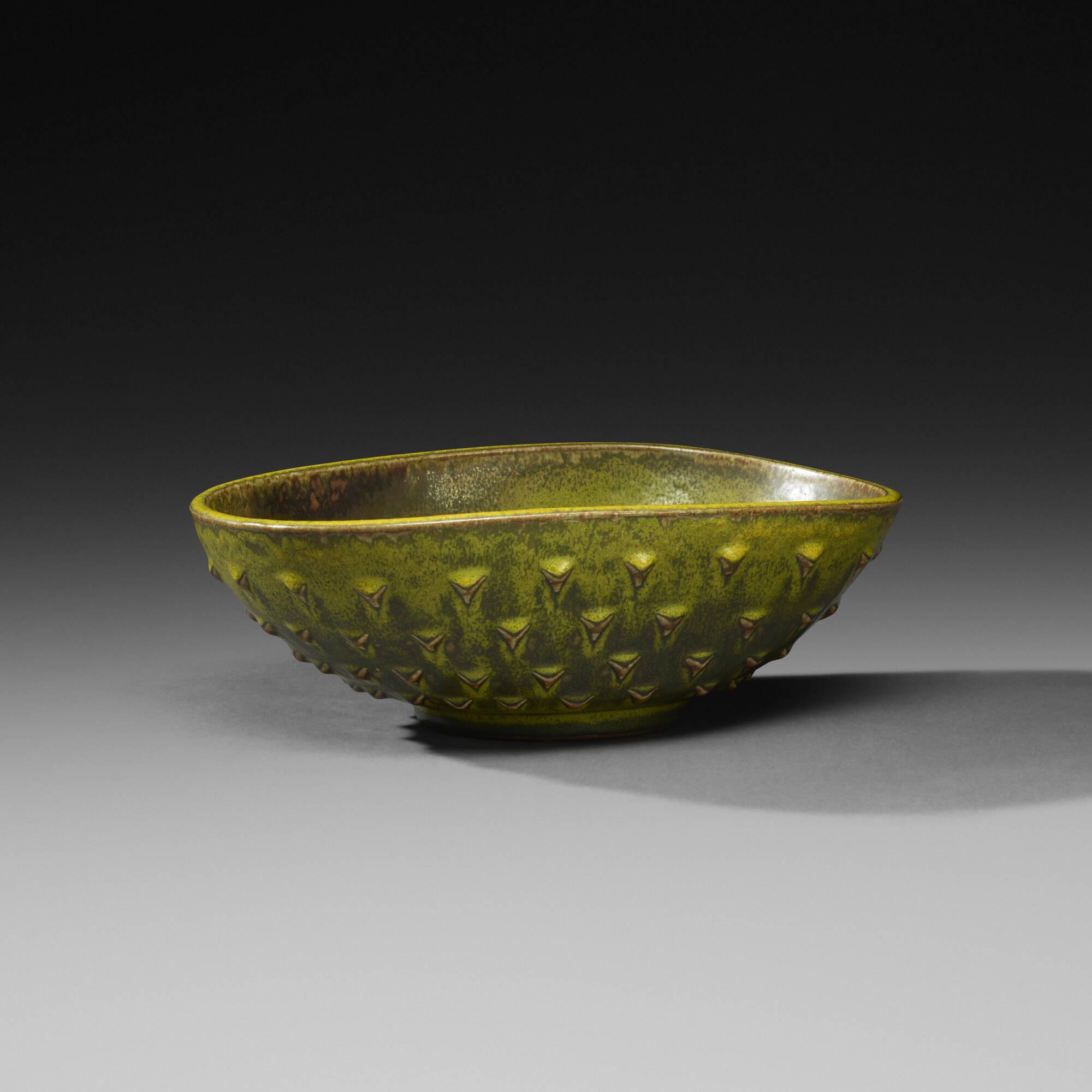 149: Nils Thorsson / bowl (1 of 3)