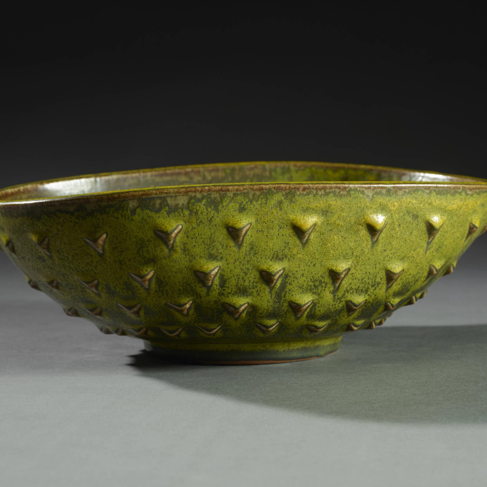 149: Nils Thorsson / bowl (2 of 3)