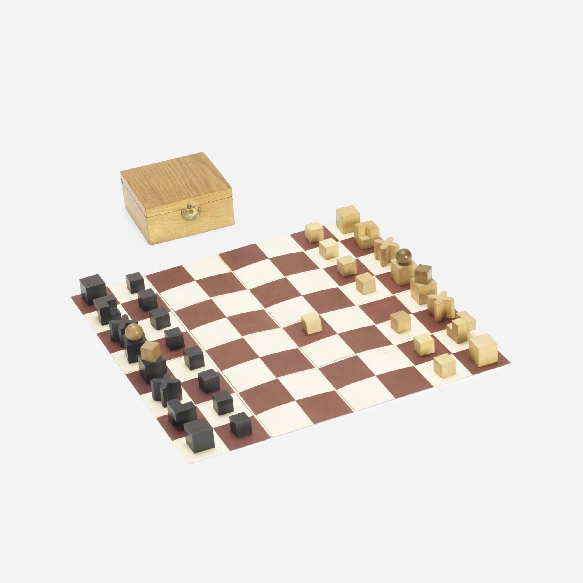 150: Josef Hartwig / Bauhaus chess set (1 of 2)