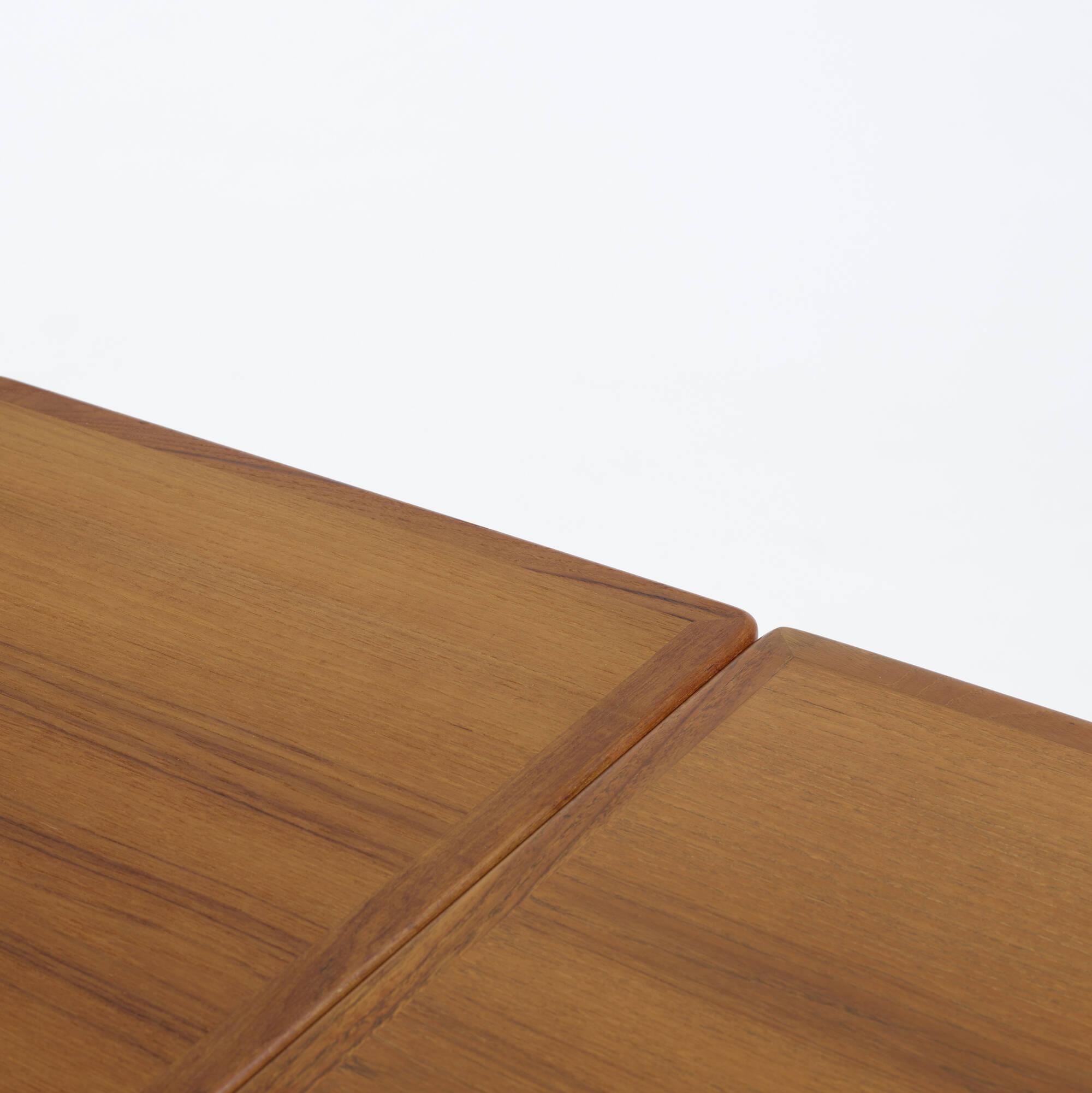 154: Hans J. Wegner / dining table, model AT312 (3 of 3)
