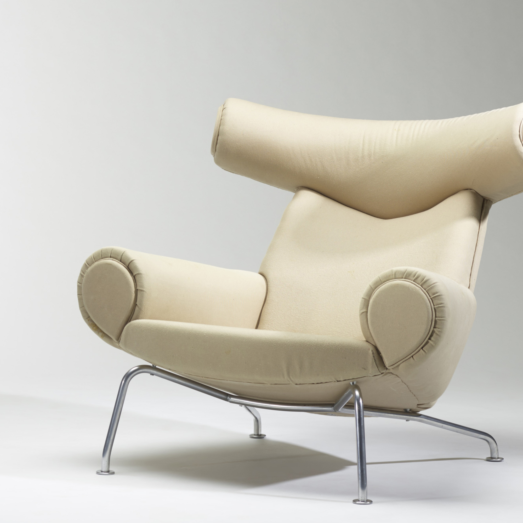 ... 156: Hans J. Wegner / Ox Chair And Ottoman (4 Of 4)