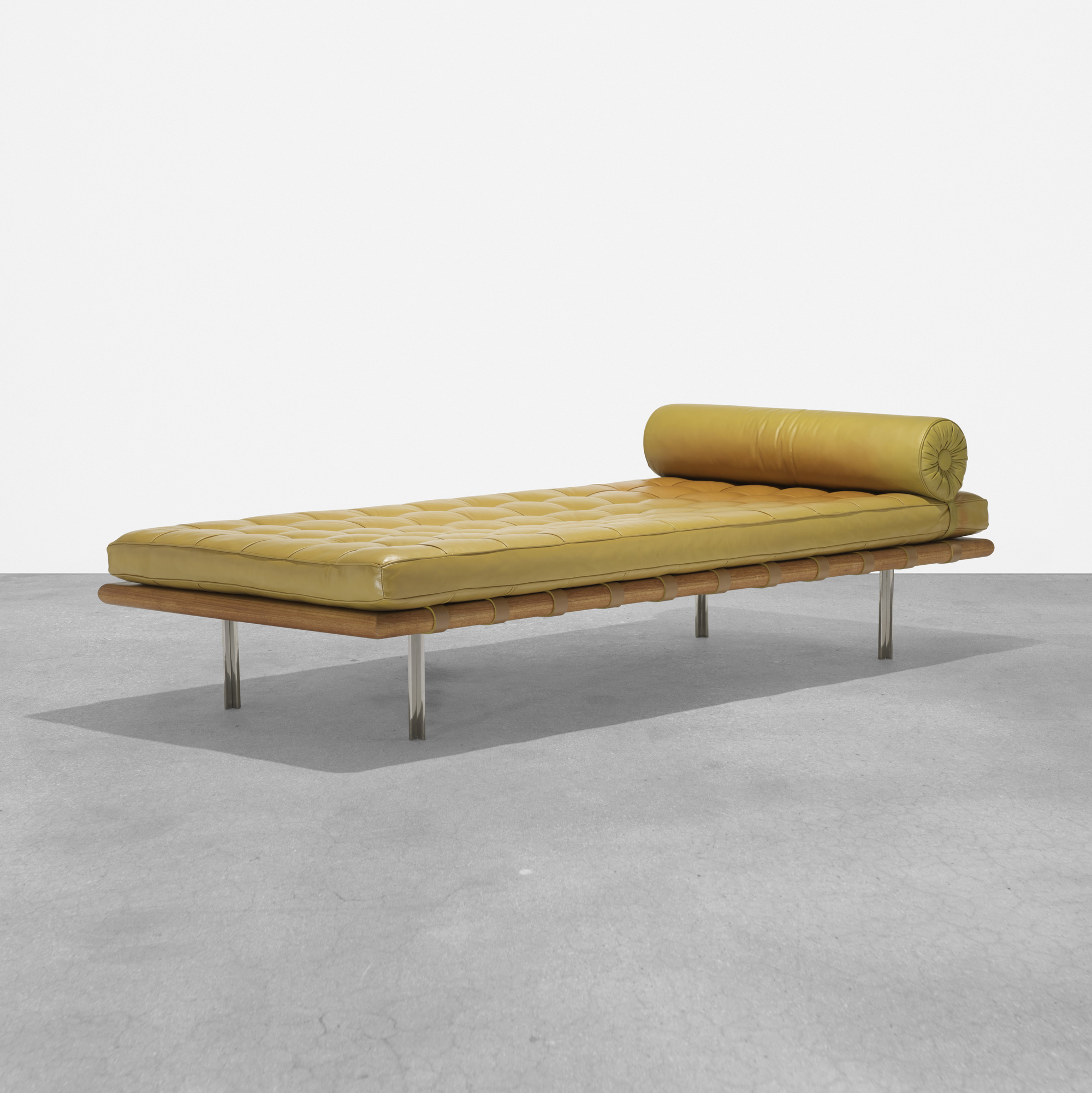 157: Ludwig Mies van der Rohe / Barcelona daybed from 860 Lake Shore Drive, Chicago (1 of 3)