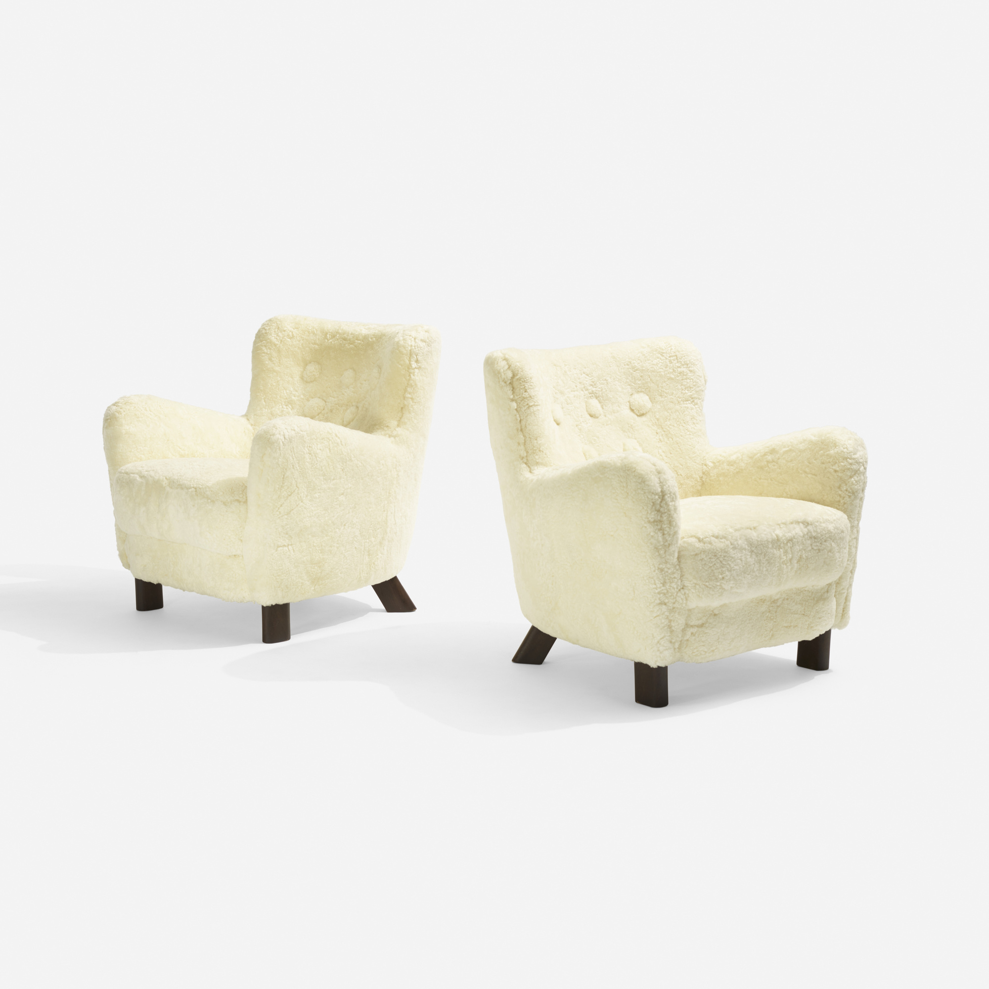 157: Fritz Hansen / lounge chairs model 1669, pair (1 of 3)
