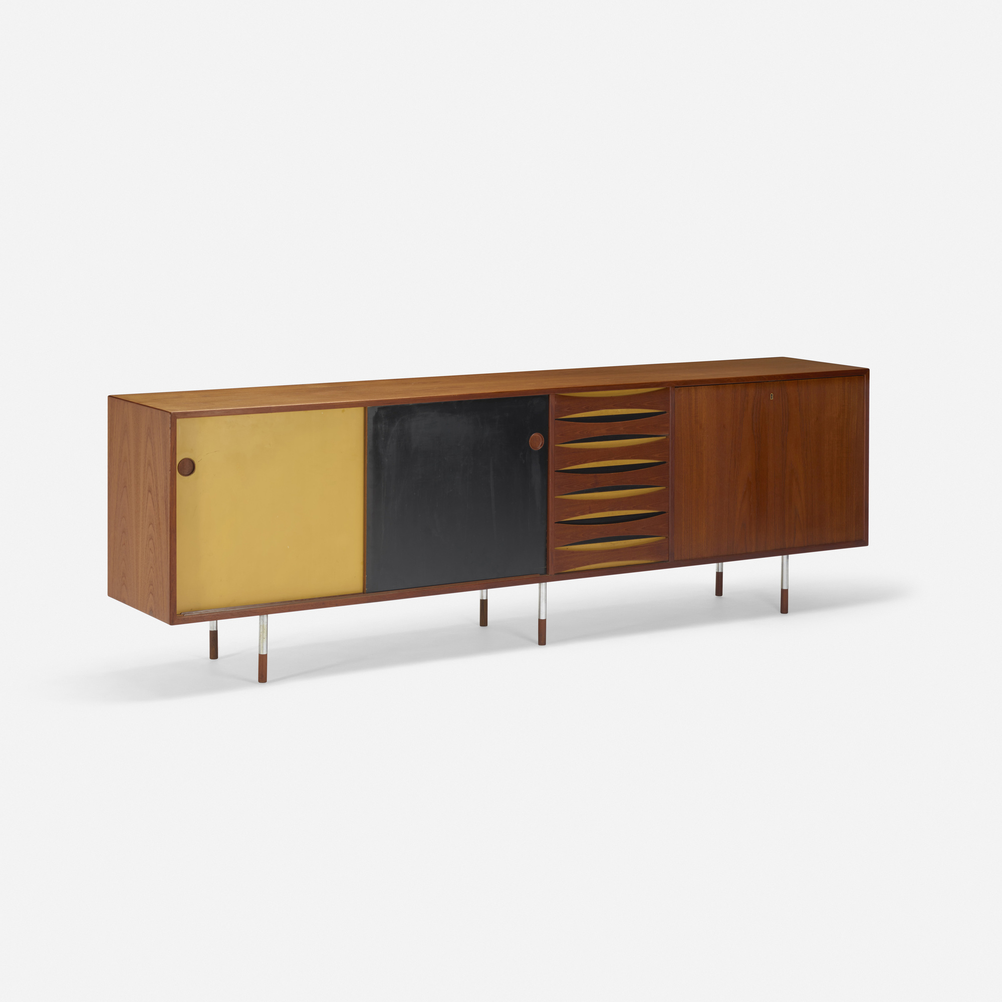 157: Arne Vodder / cabinet (2 of 3)