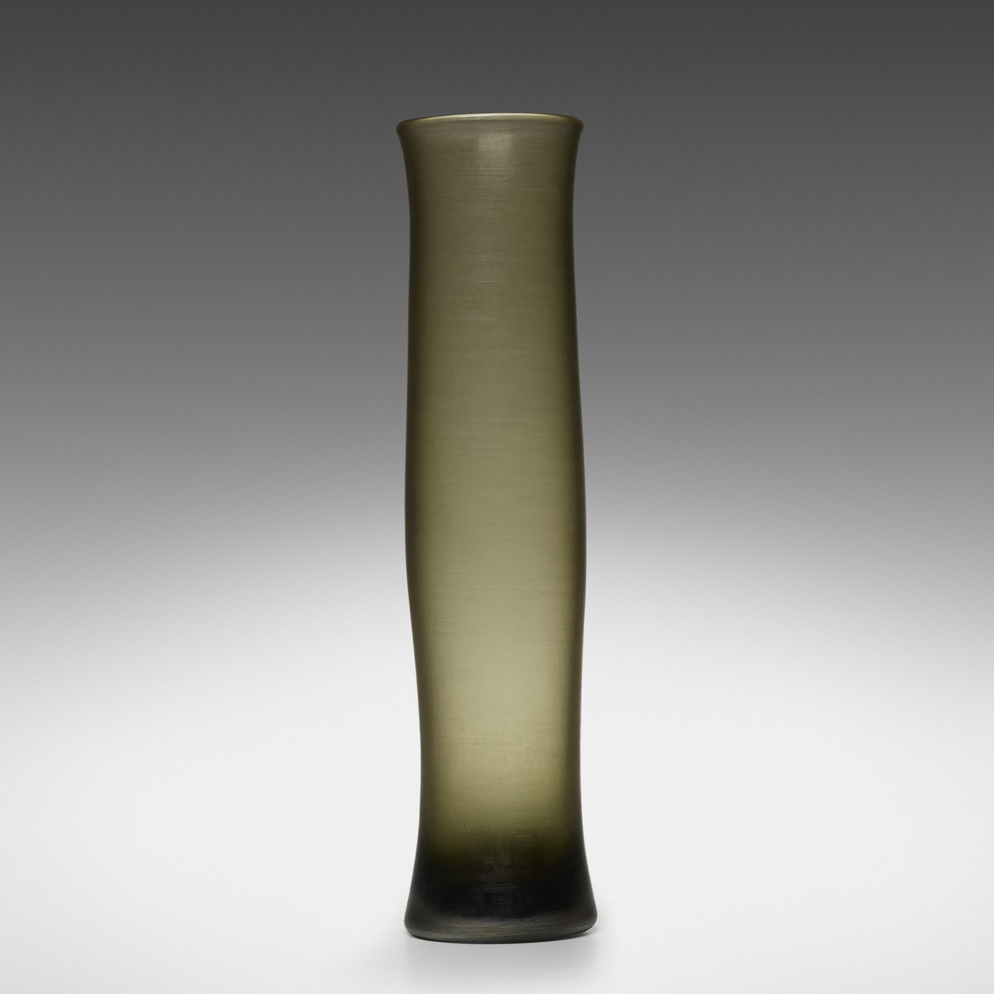 158: Paolo Venini / monumental Inciso vase (1 of 2)