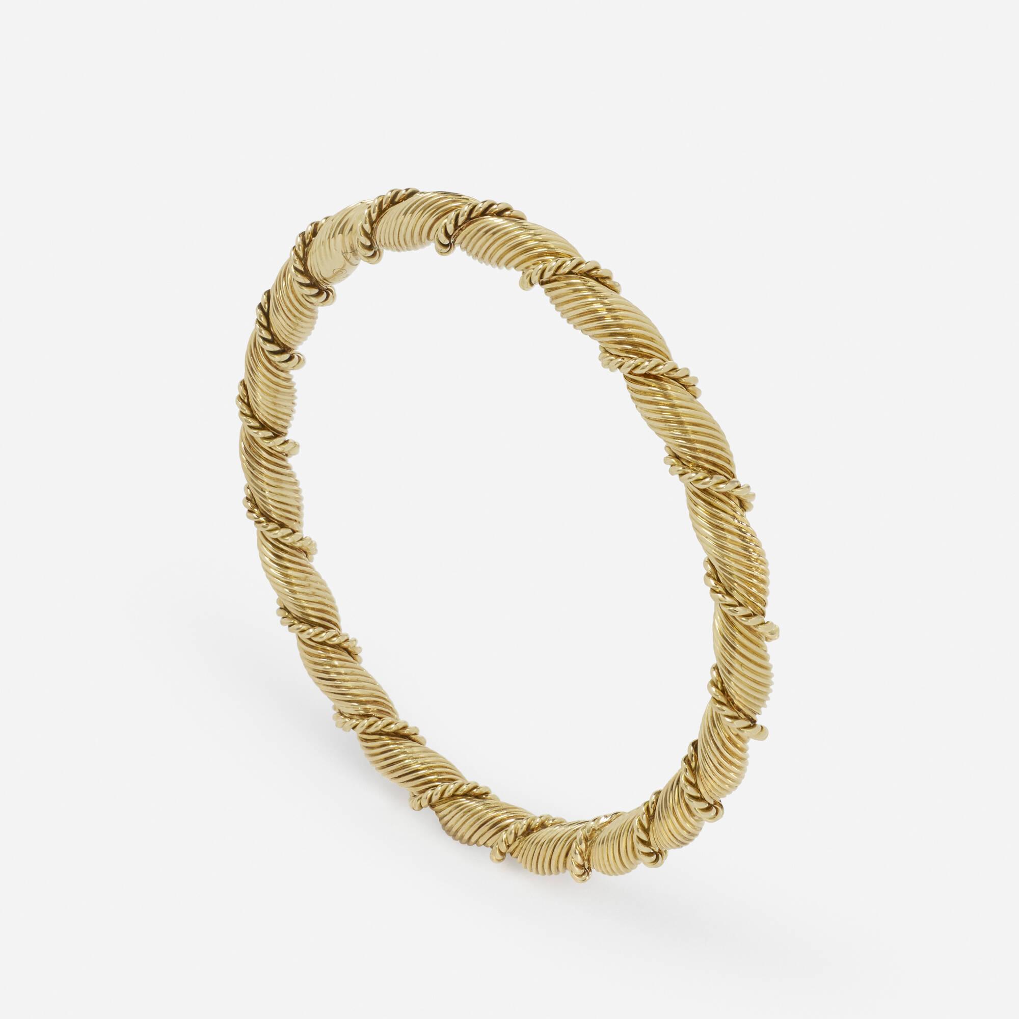 158: Van Cleef & Arpels / A gold Paris bangle (1 of 2)