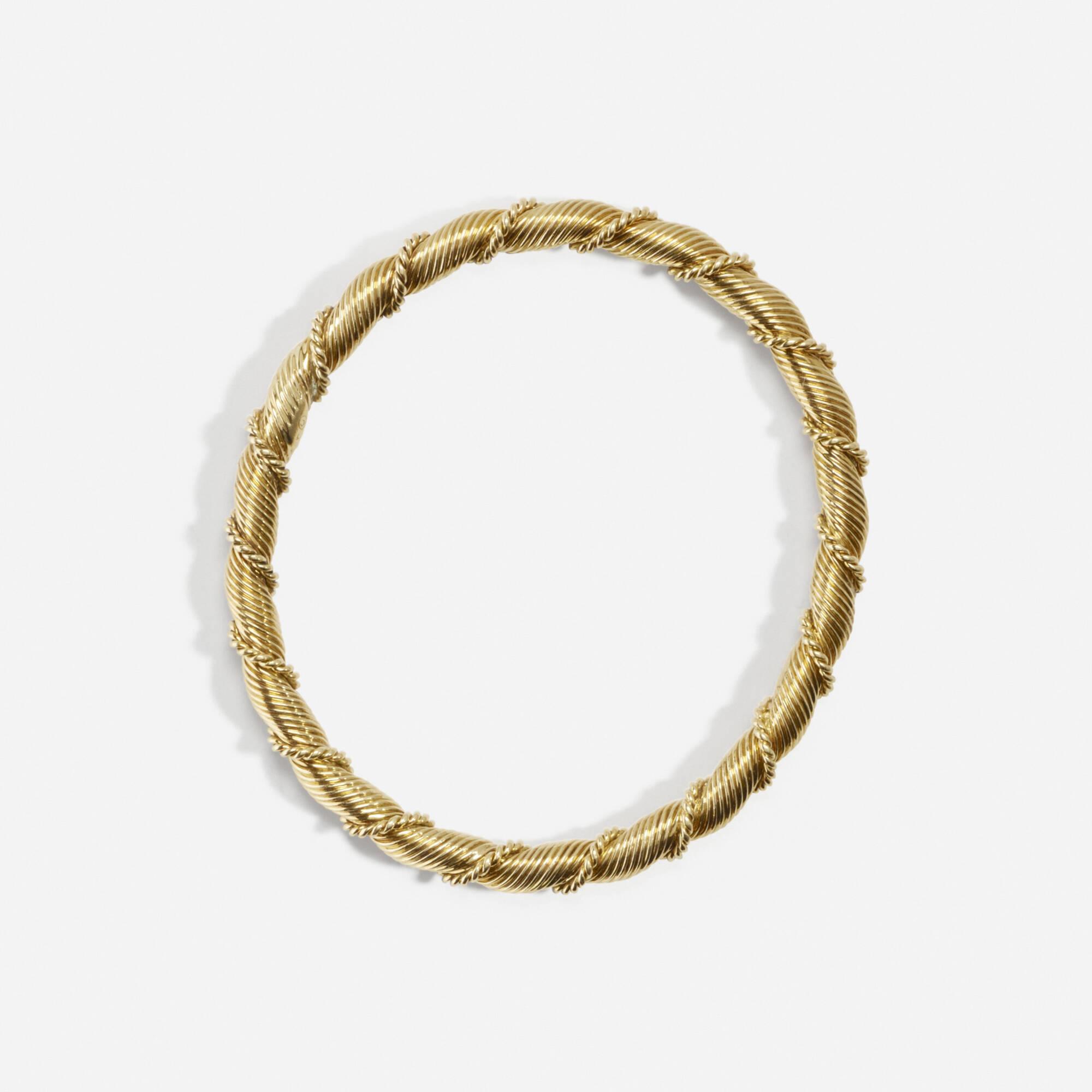 158: Van Cleef & Arpels / A gold Paris bangle (2 of 2)