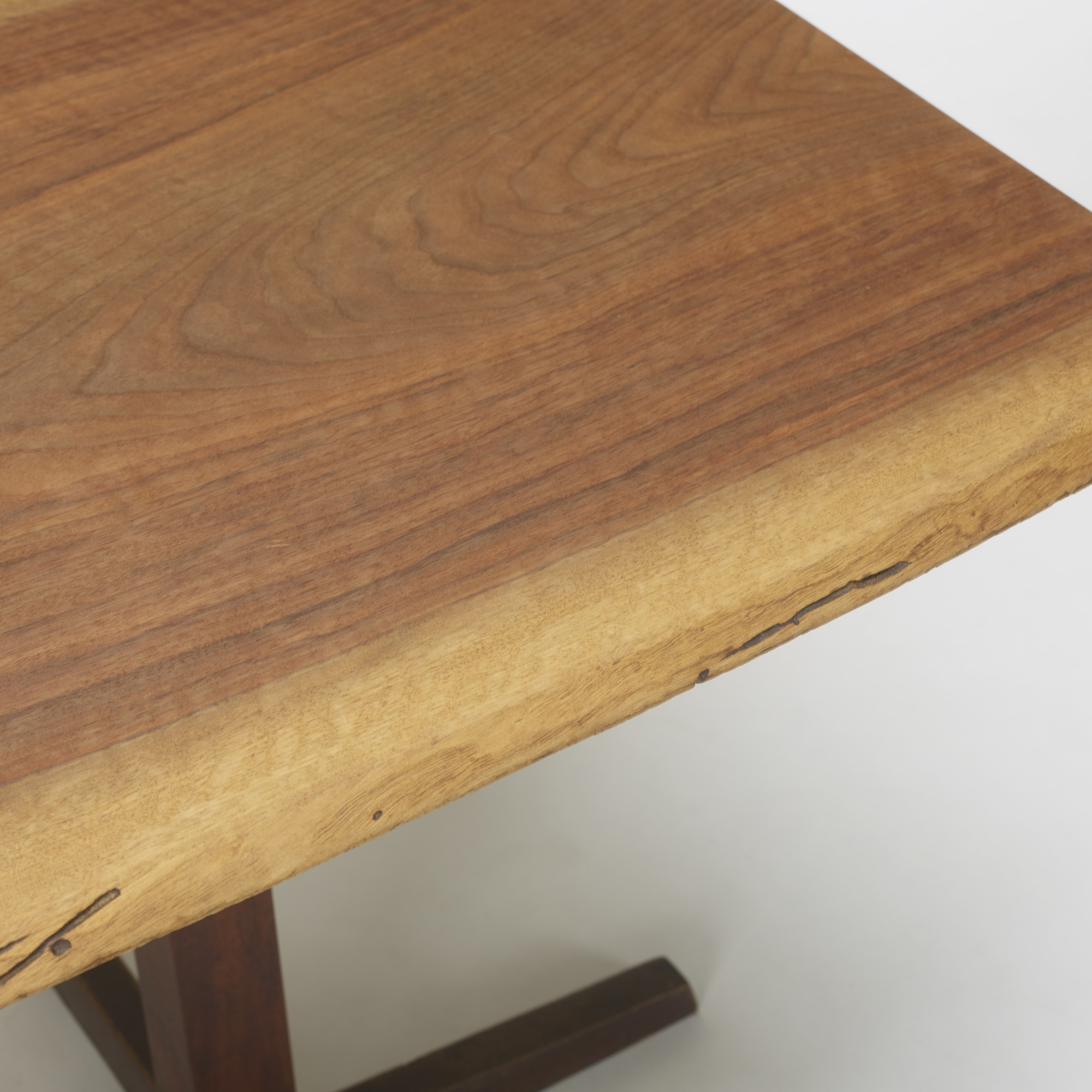 159: George Nakashima / Pedestal table (2 of 2)