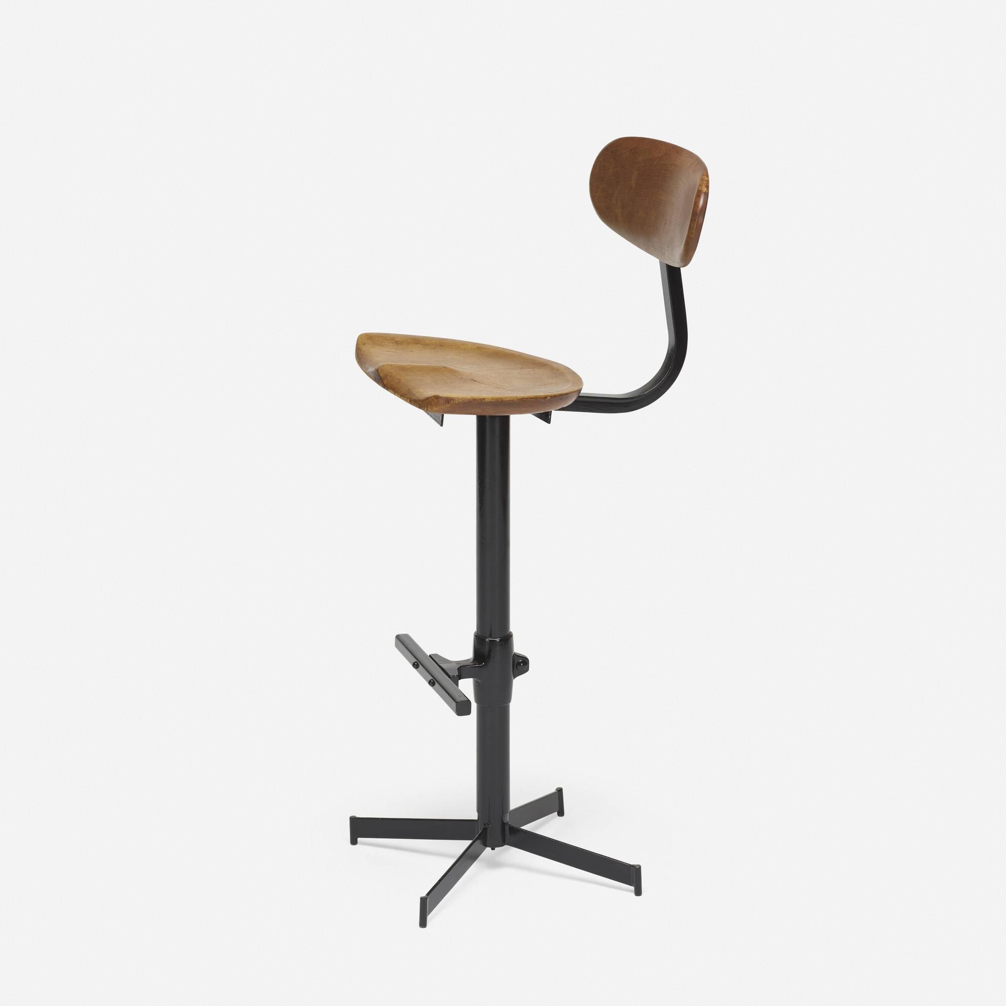 160: American / adjustable stool (1 of 2)