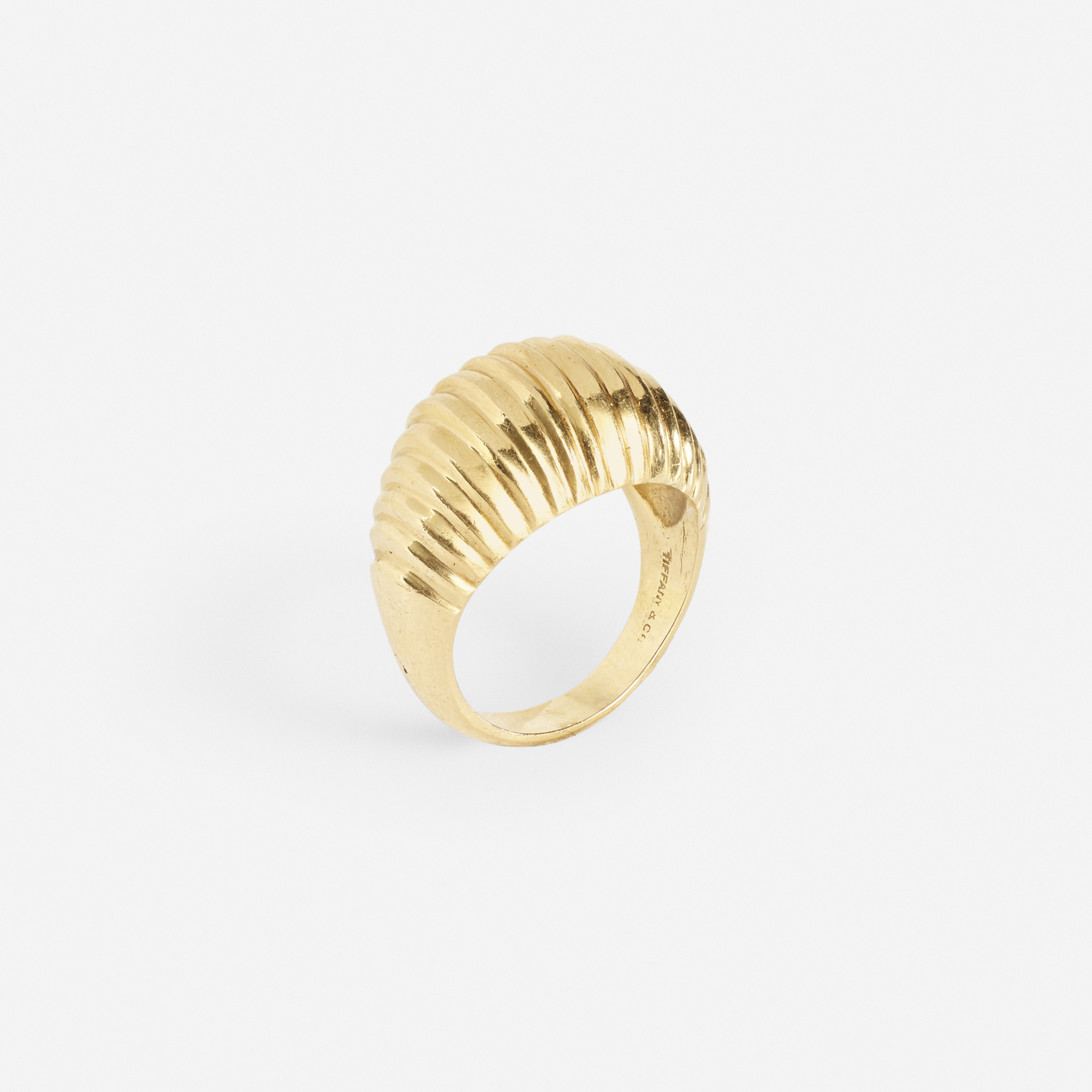 161: Tiffany & Co. / A gold ring (1 of 1)