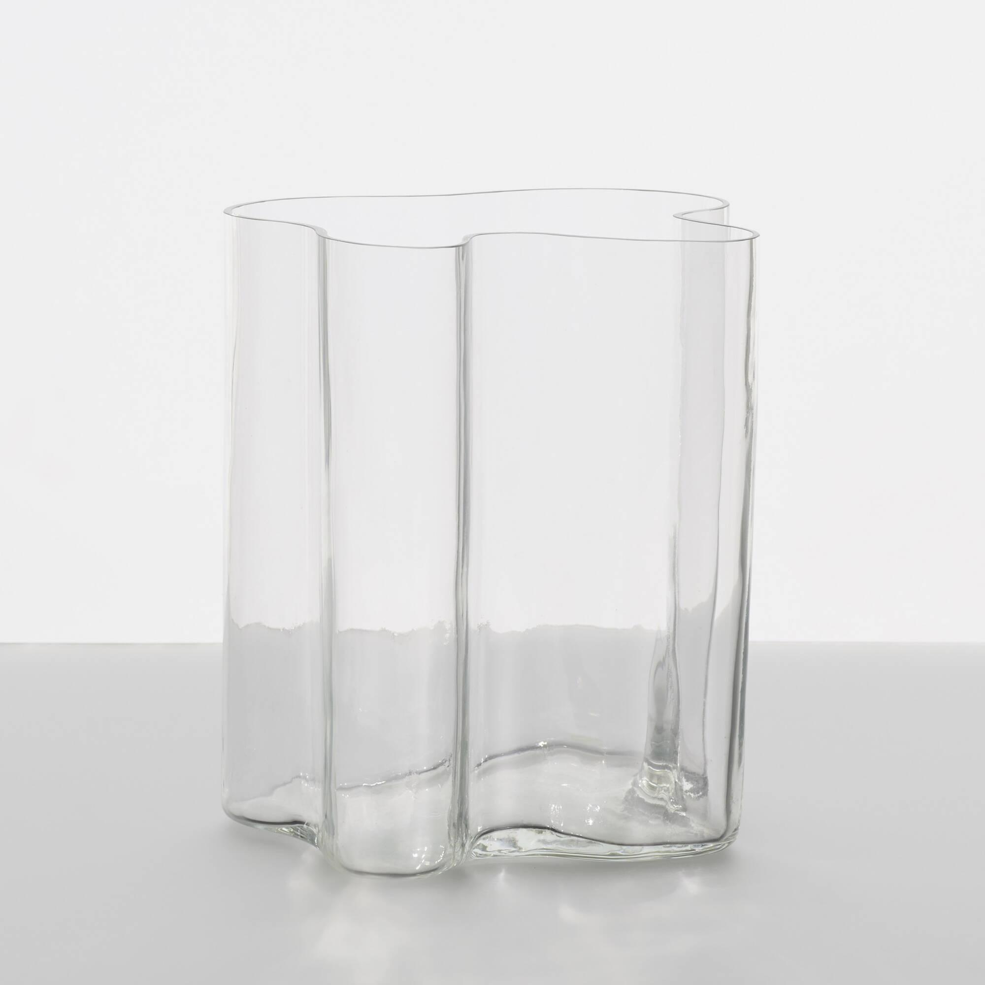 161: Alvar Aalto / Savoy vase (2 of 2)
