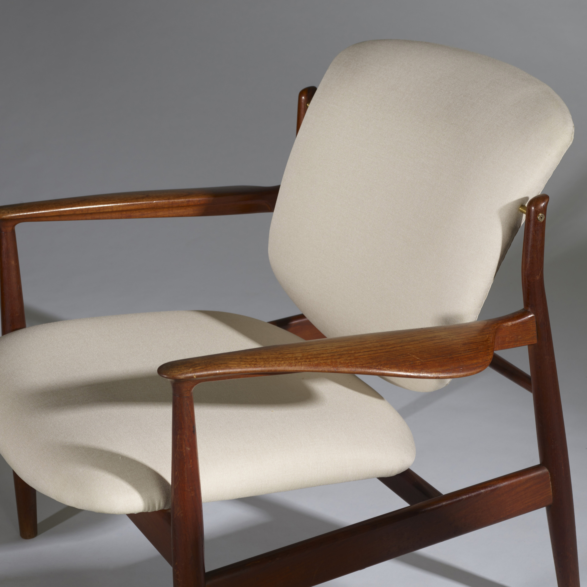 161: Finn Juhl / lounge chairs, pair (3 of 3)
