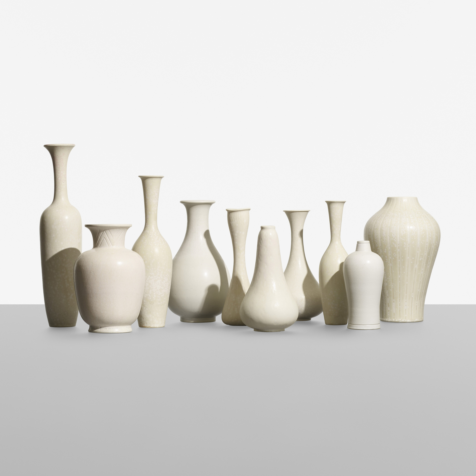 167: Gunnar Nylund / collection of ten vessels (1 of 4)