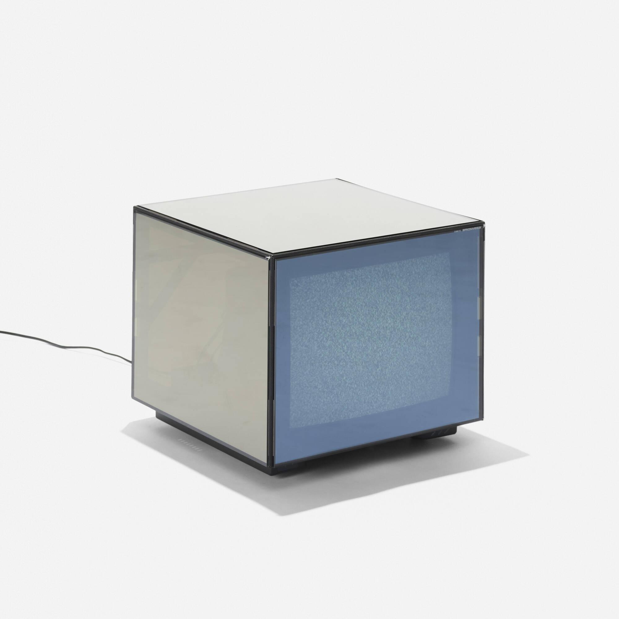 167: Mario Bellini / Cubo 15 television (1 of 2)