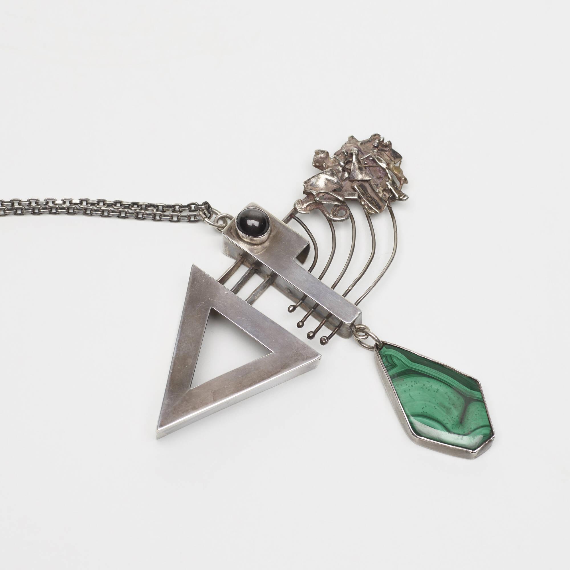 167: Rolph Scarlett / Arrow necklace (2 of 2)