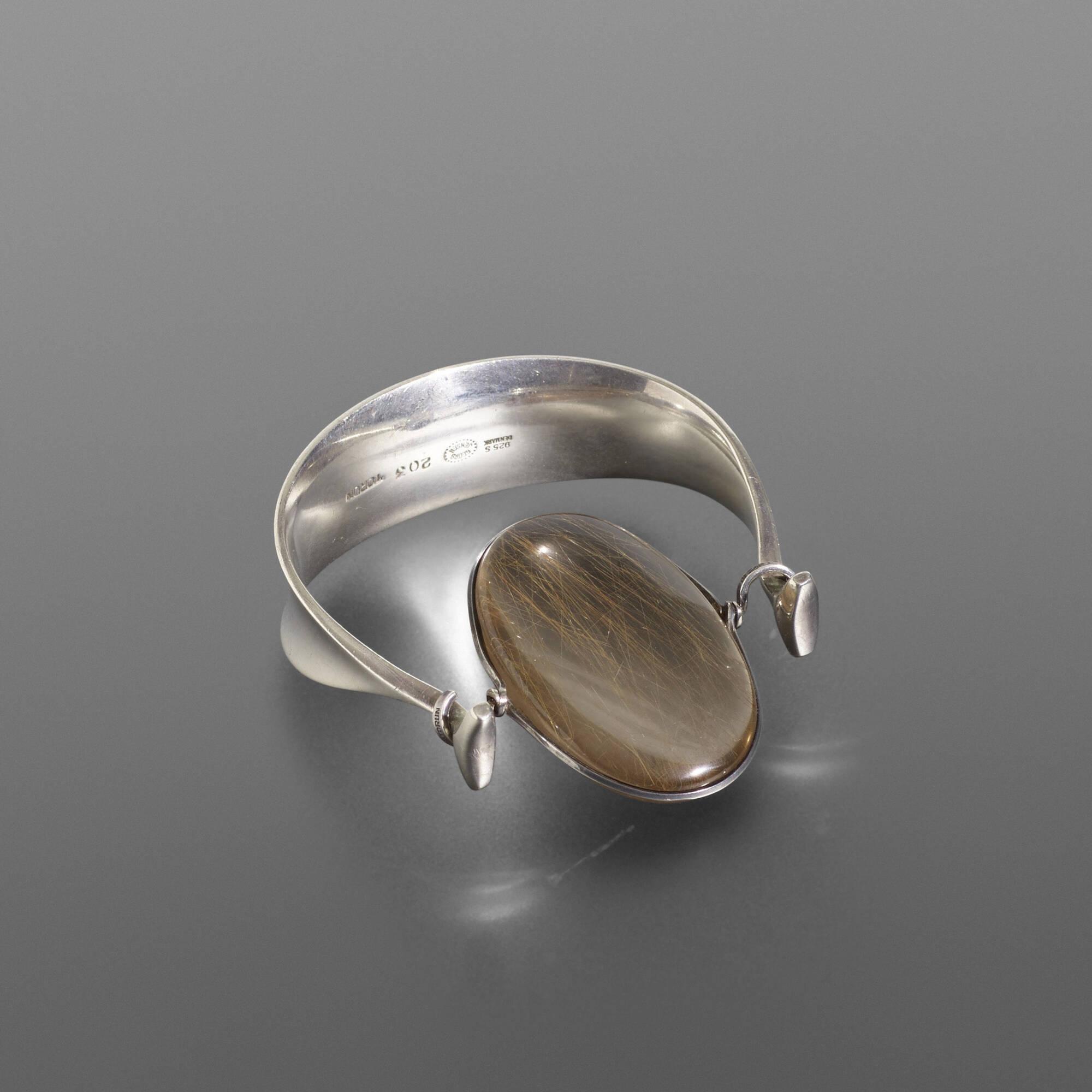 173: Vivianna Torun Bülow-Hübe / bracelet, model 203 (2 of 3)
