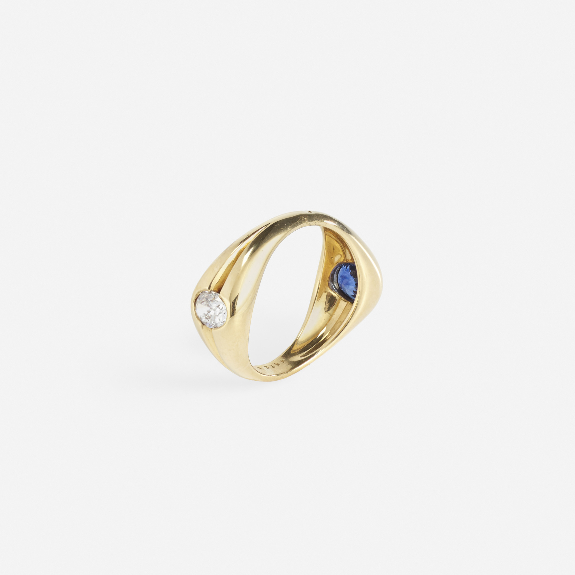 174: Mellerio / A gold, saphhire and diamond ring (1 of 2)