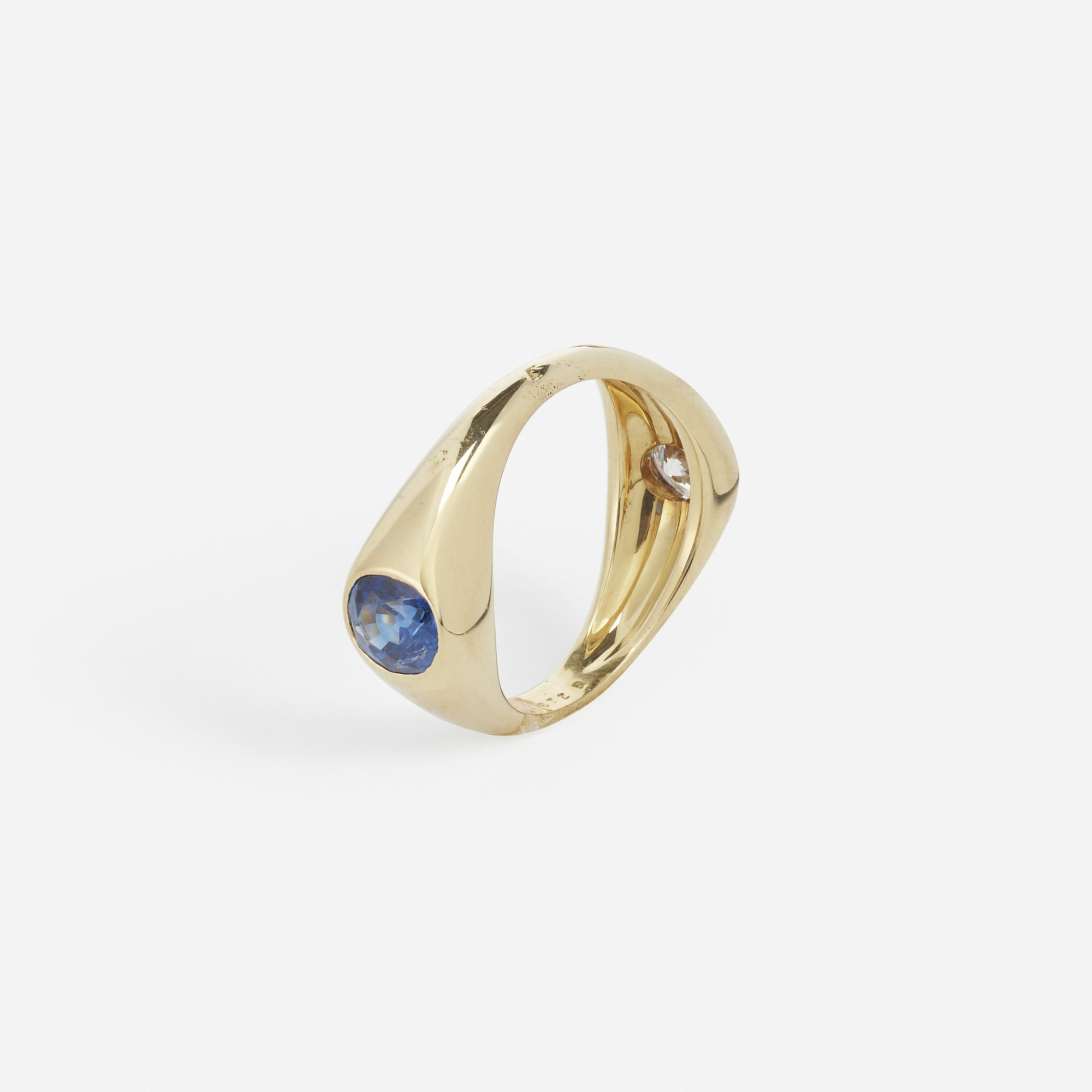 174: Mellerio / A gold, saphhire and diamond ring (2 of 2)