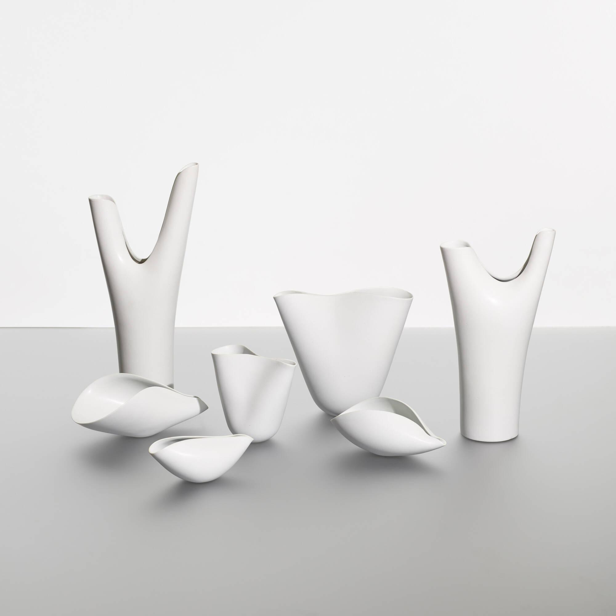 174: Stig Lindberg / collection of seven Veckla vessels (2 of 3)