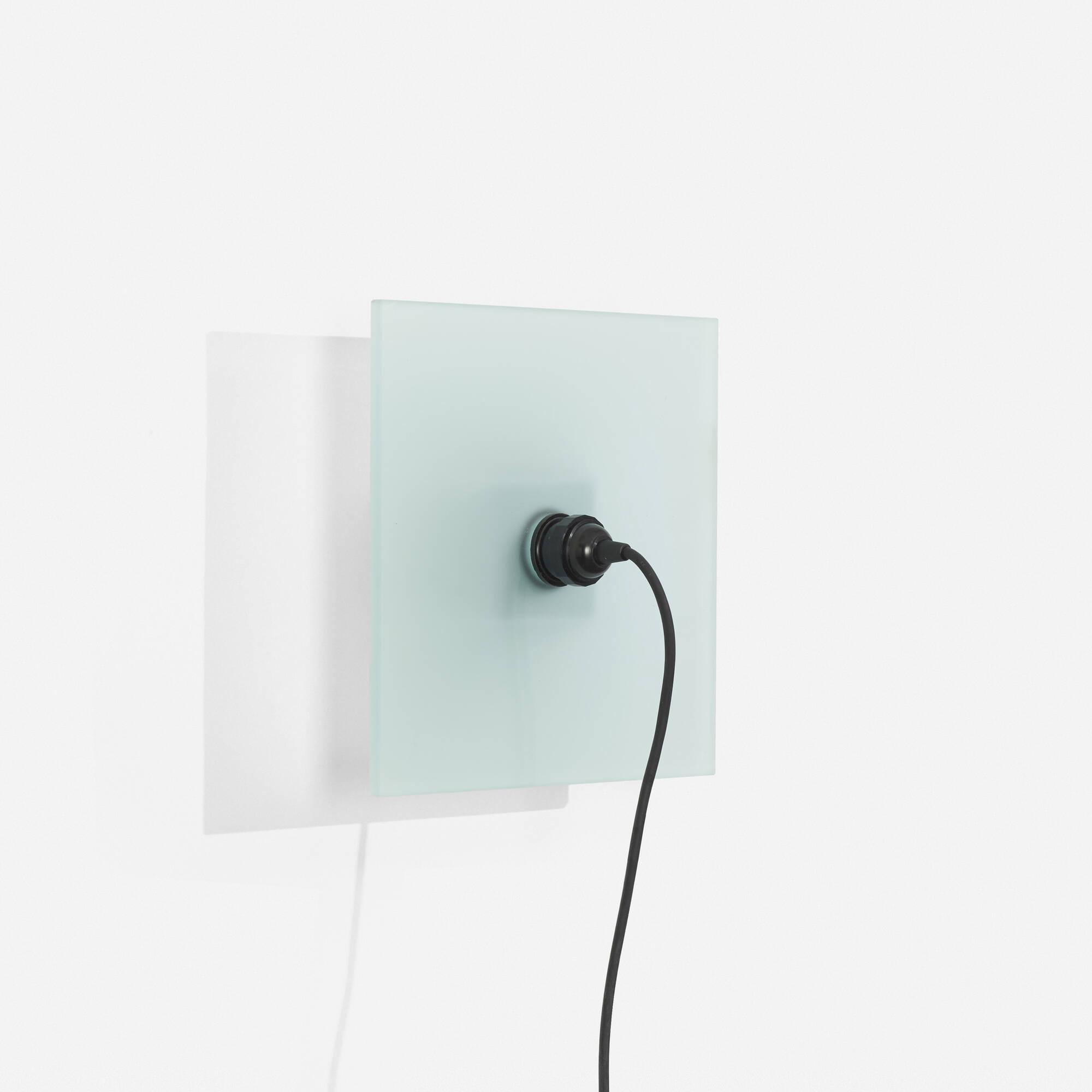 176: Jakob Gebert / Verso wall light (1 of 1)