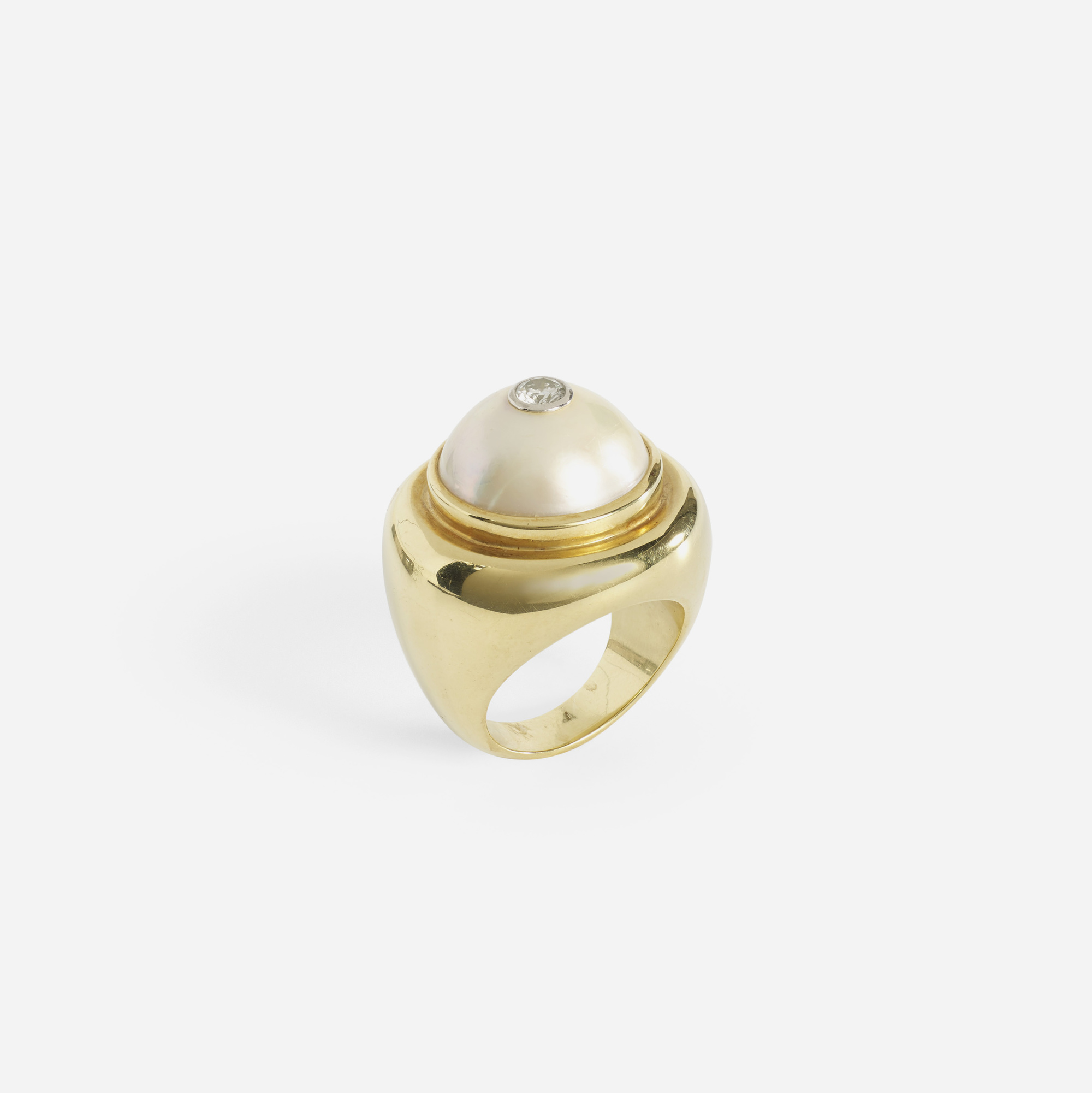 180: Paloma Picasso for Tiffany & Co. / A gold, Mabe pearl and diamond ring (1 of 2)