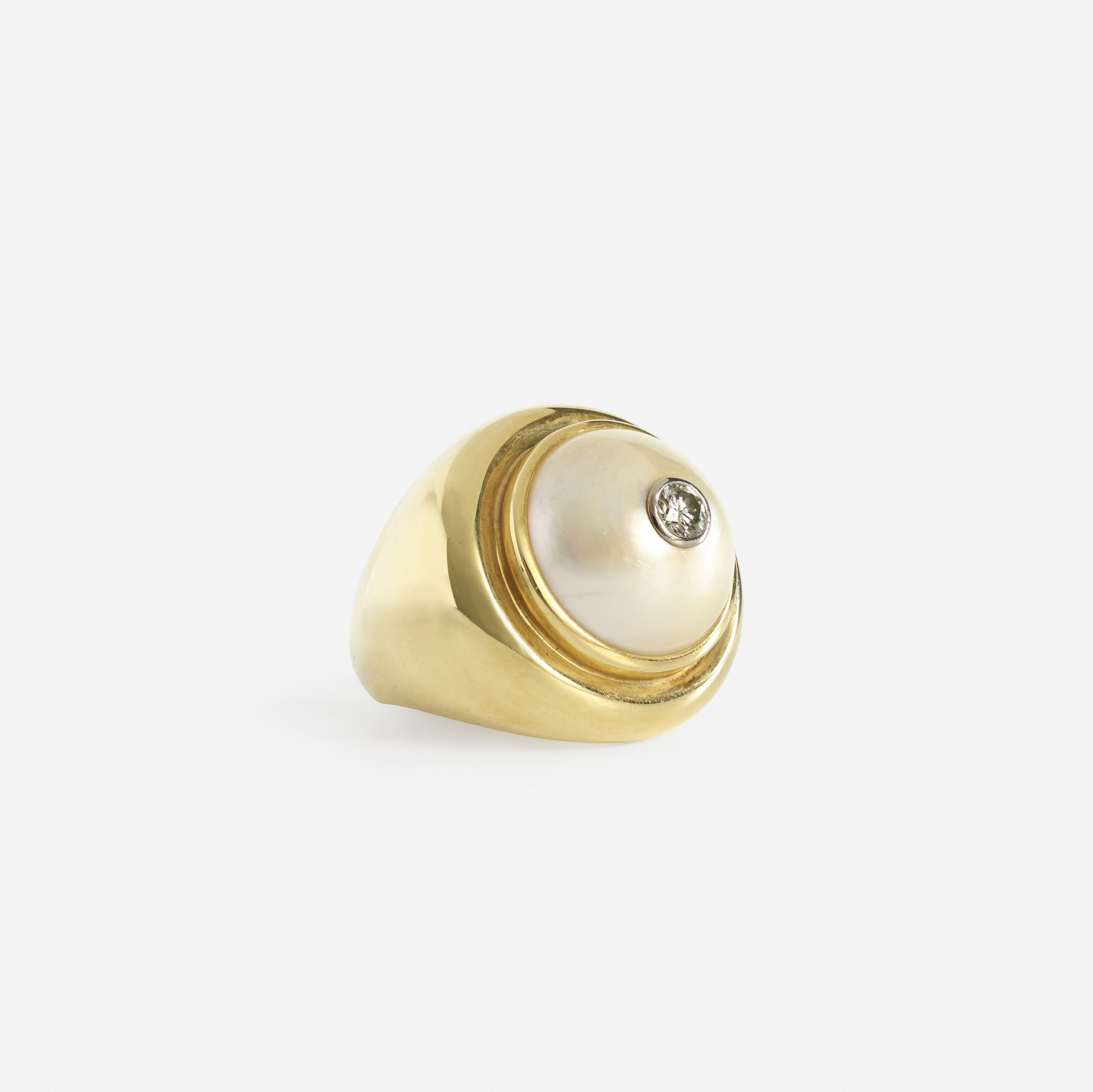180: Paloma Picasso for Tiffany & Co. / A gold, Mabe pearl and diamond ring (2 of 2)