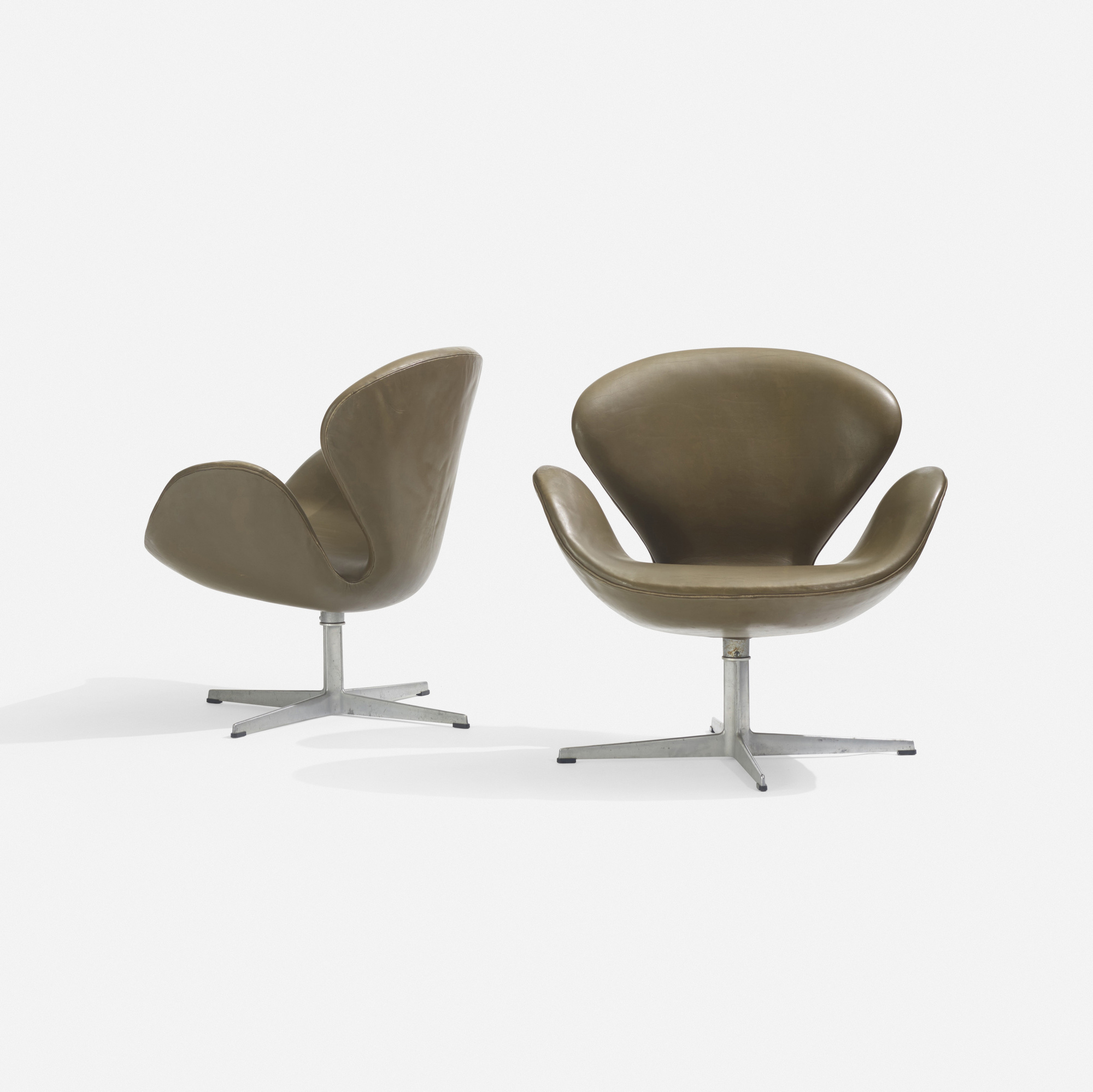 Attrayant ... 182: Arne Jacobsen / Swan Chairs, Pair (2 Of 3)
