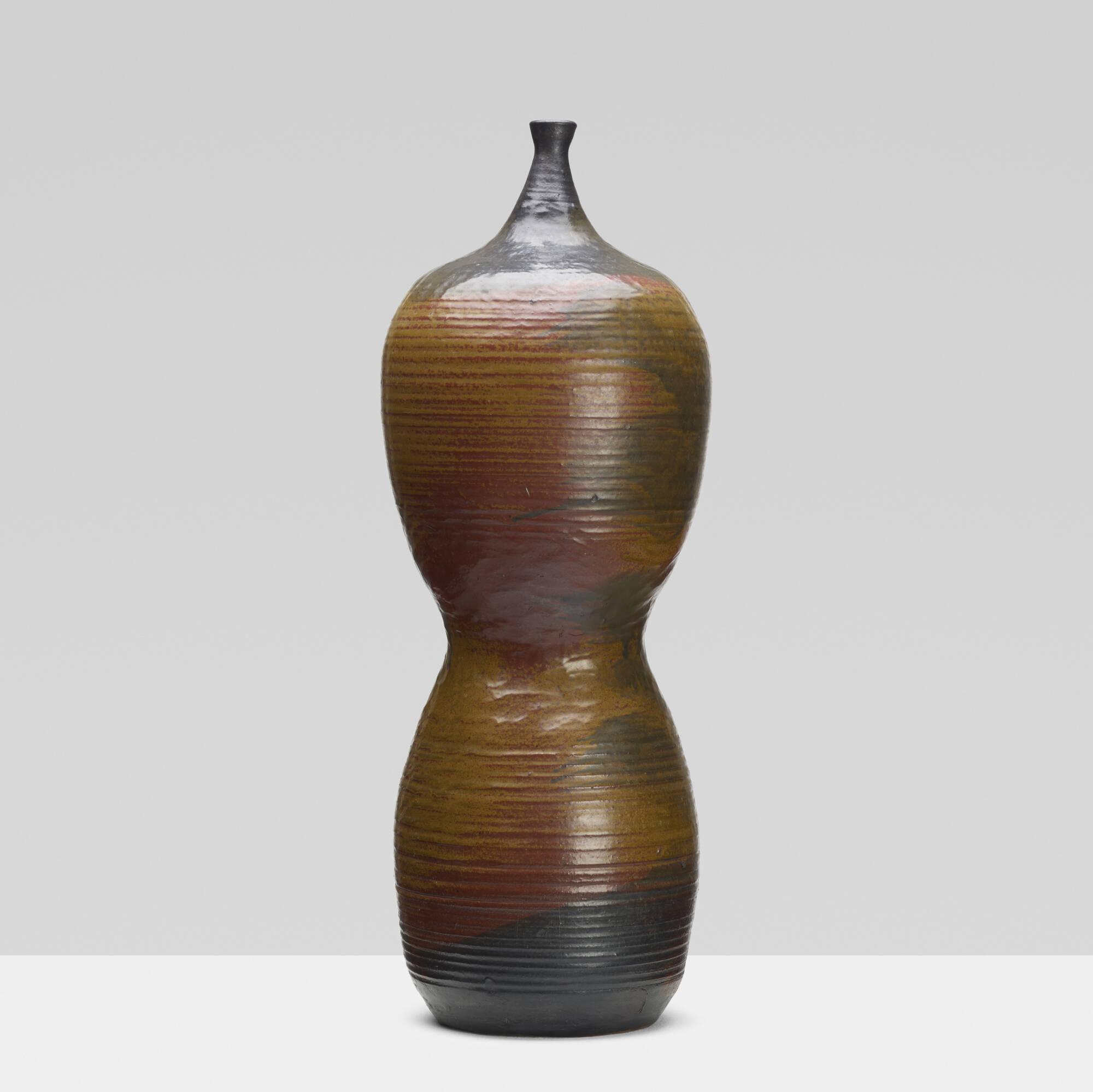 183: Toshiko Takaezu / vase (1 of 2)