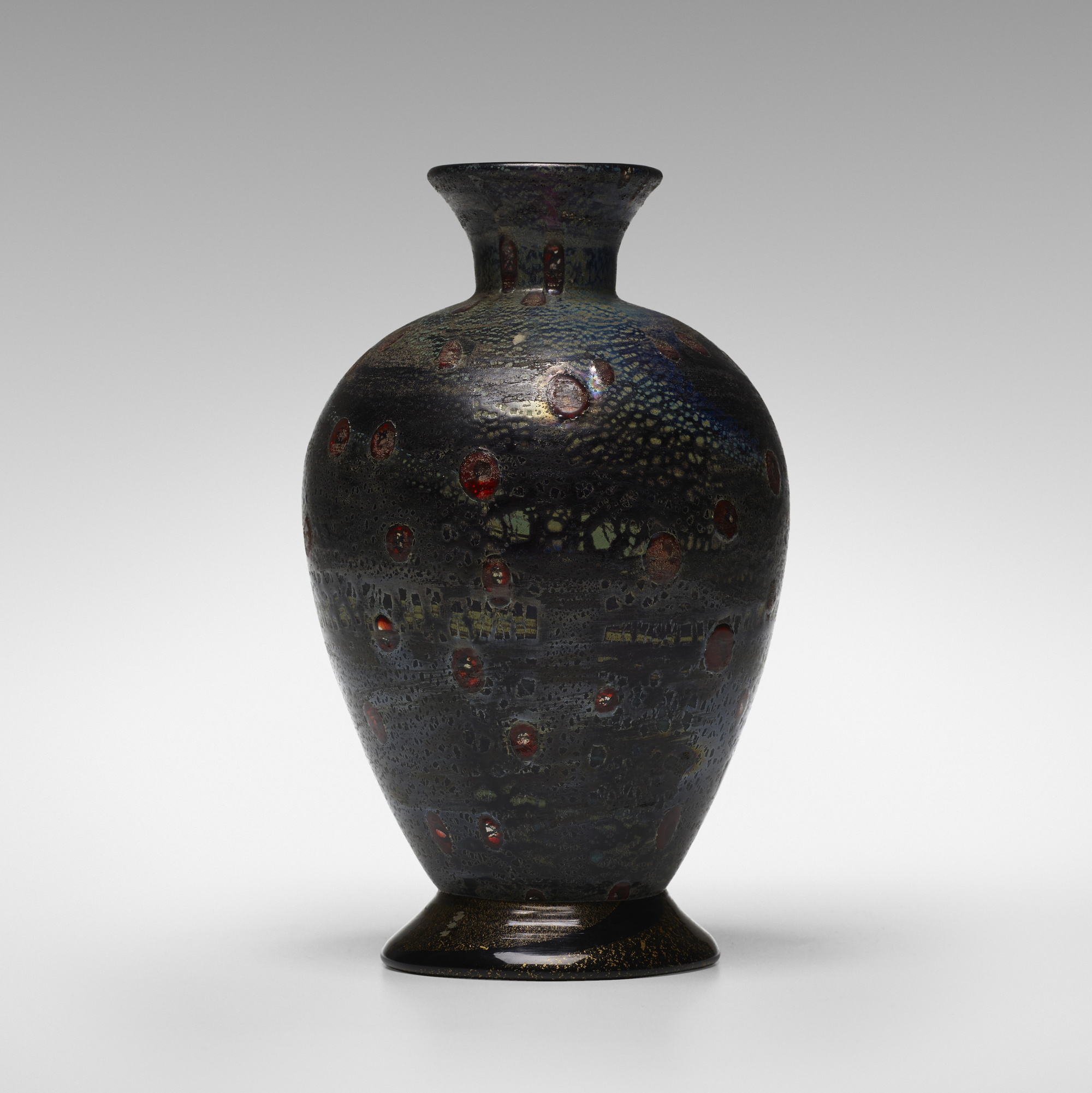 186: Giulio Radi / vase (1 of 3)