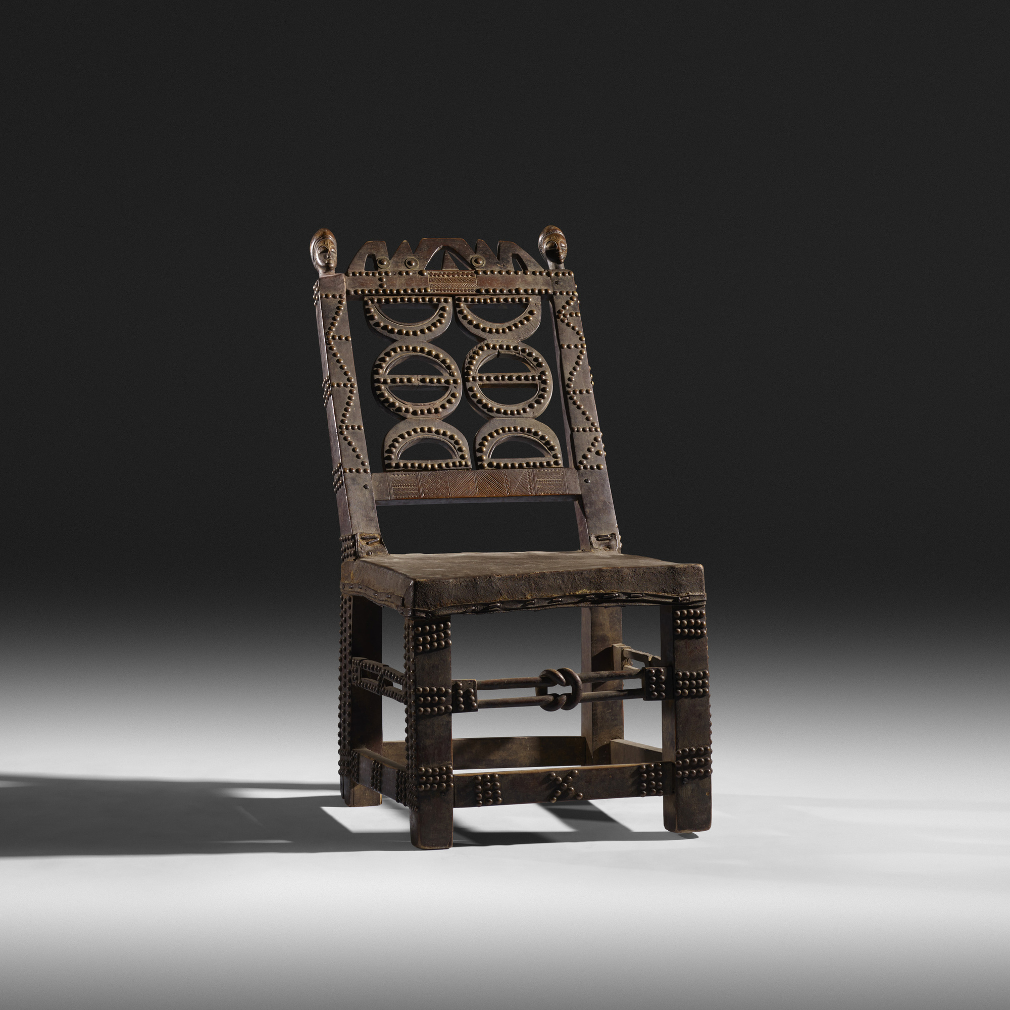 189: / Royal Chair (1 Of 3)