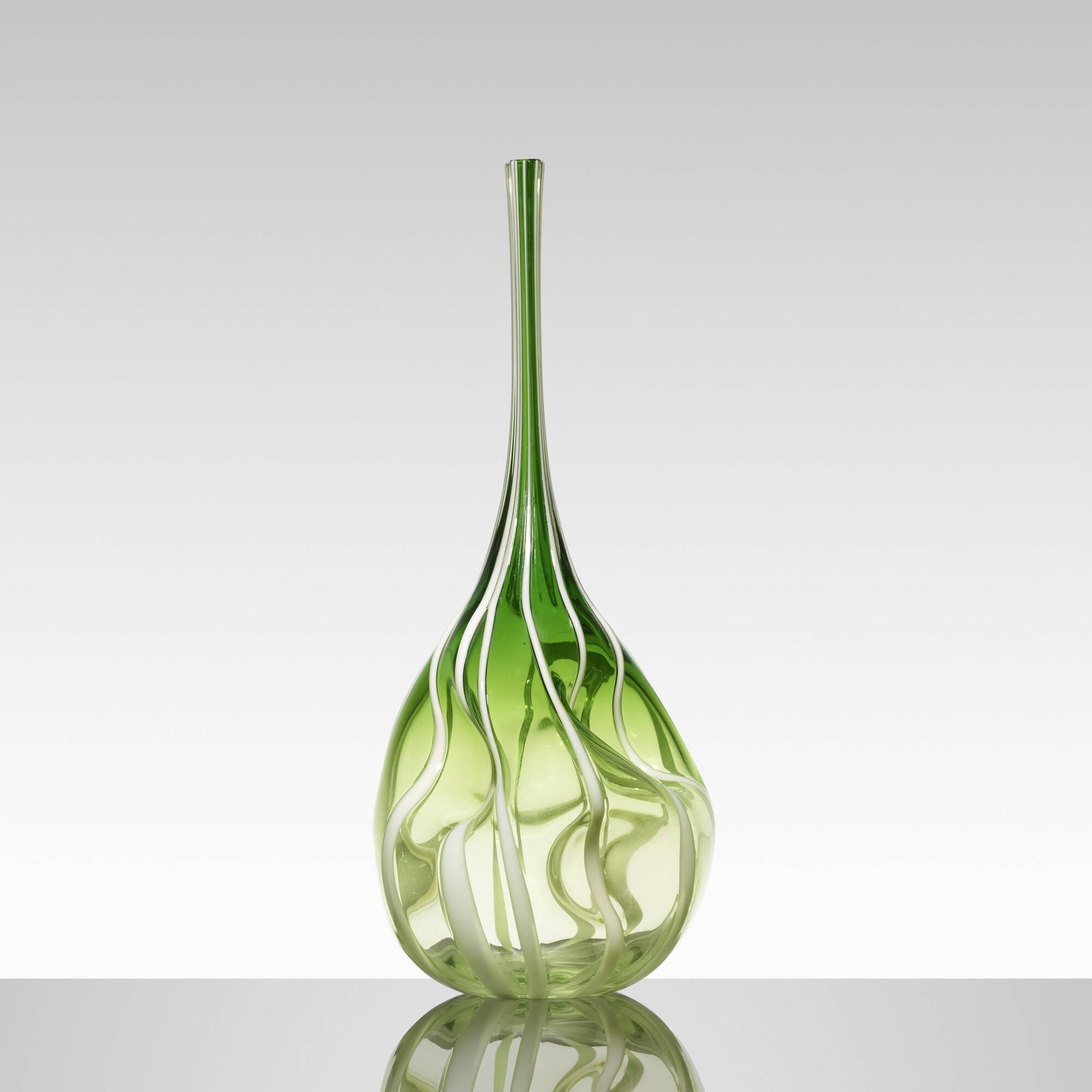 189: Anzolo Fuga / sculptural vase (1 of 3)