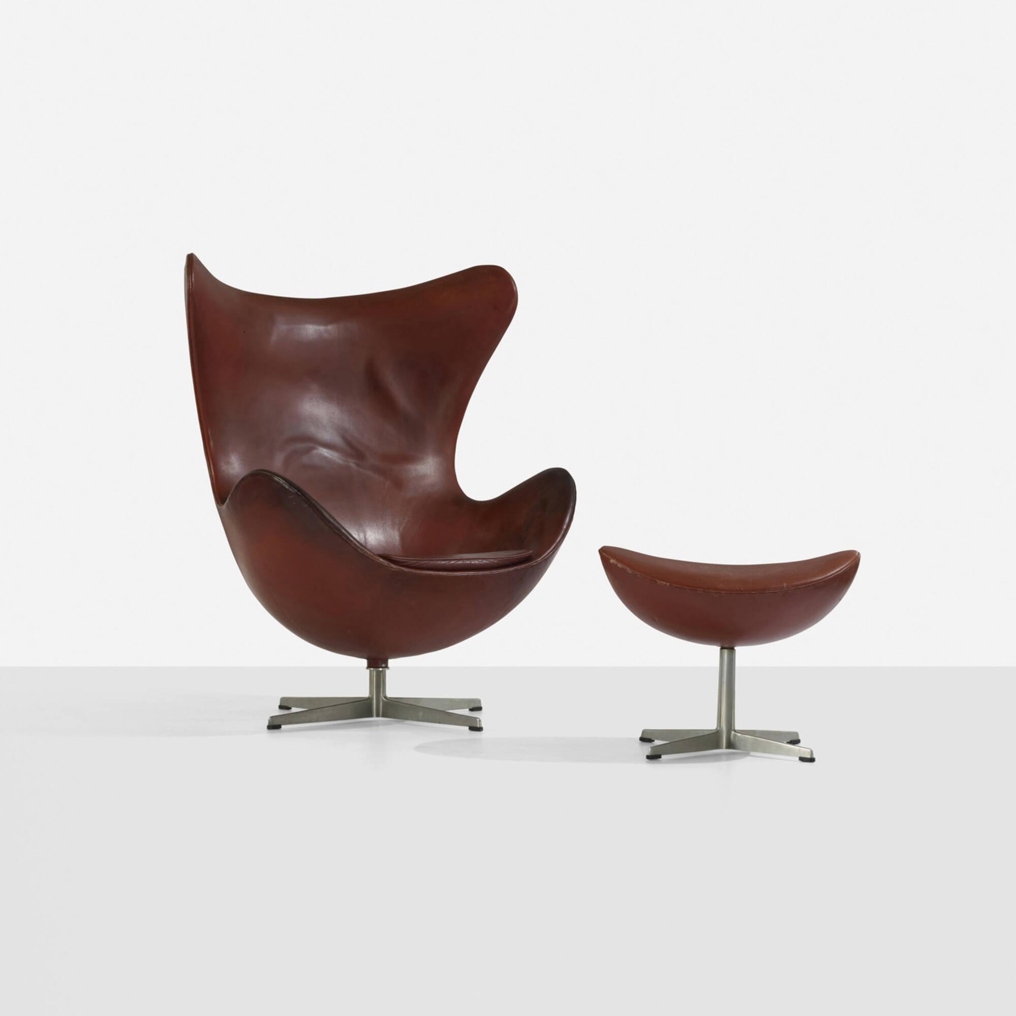 189: ARNE JACOBSEN, Egg chair and ottoman < Scandinavian Design, 17 ...