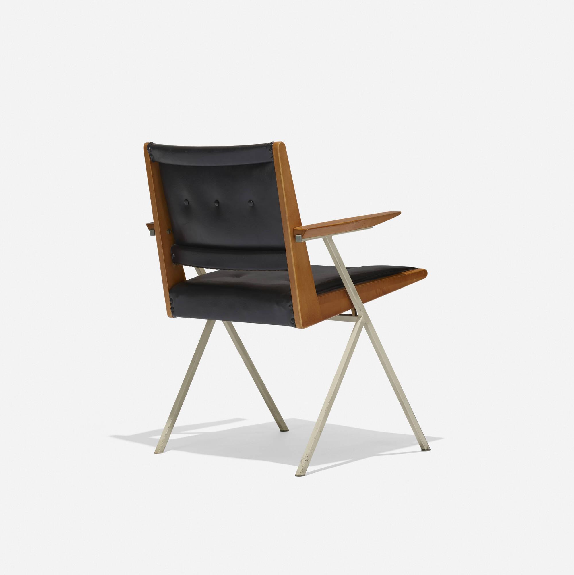 189: Ladislav Rado / armchair (2 of 3)