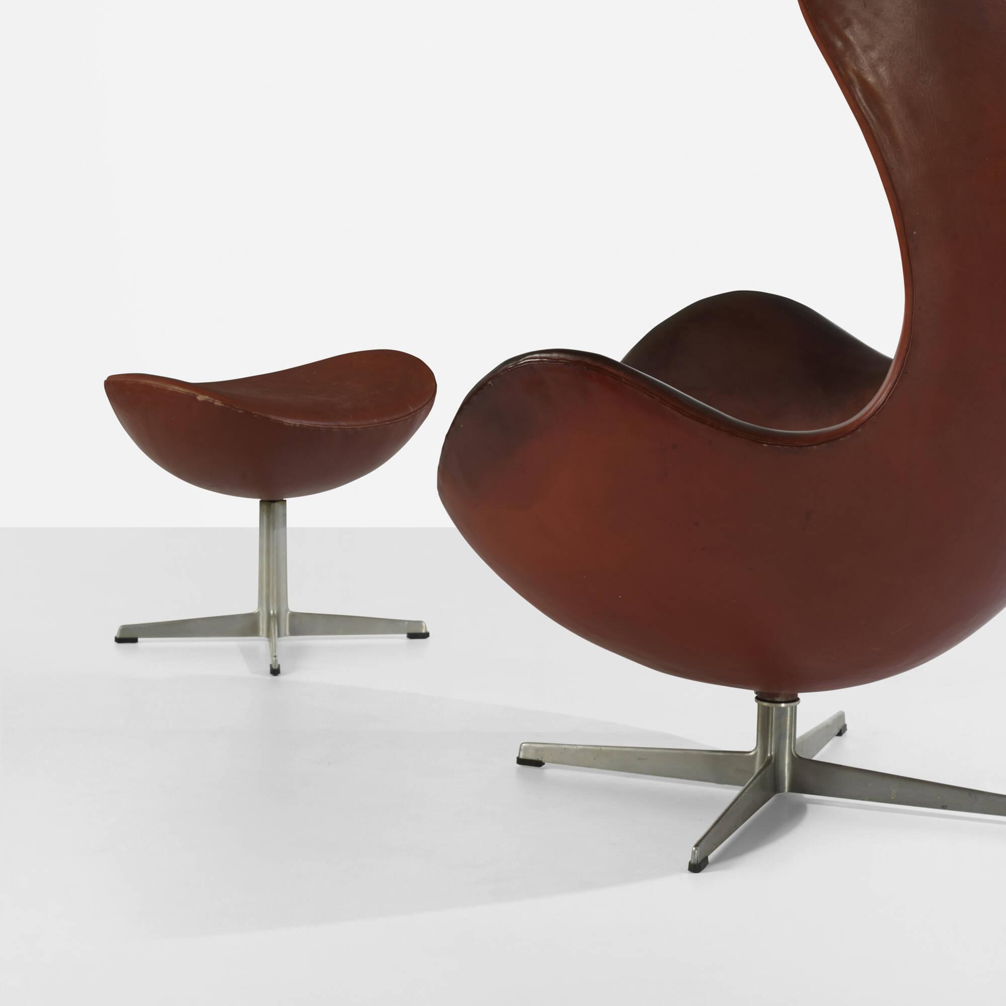 189 Arne Jacobsen Egg Chair And Ottoman Scandinavian Design 17
