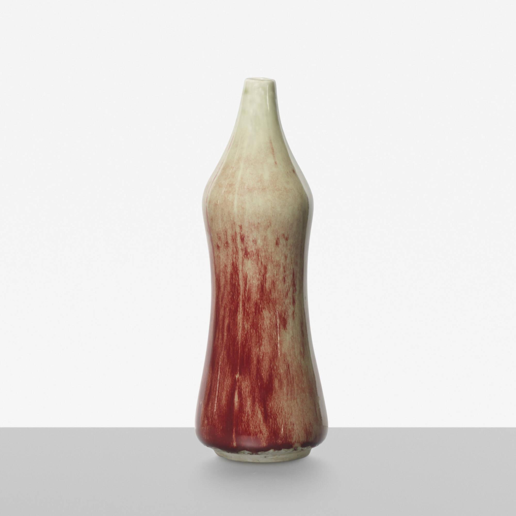 190: Toini Muona / vase (1 of 3)