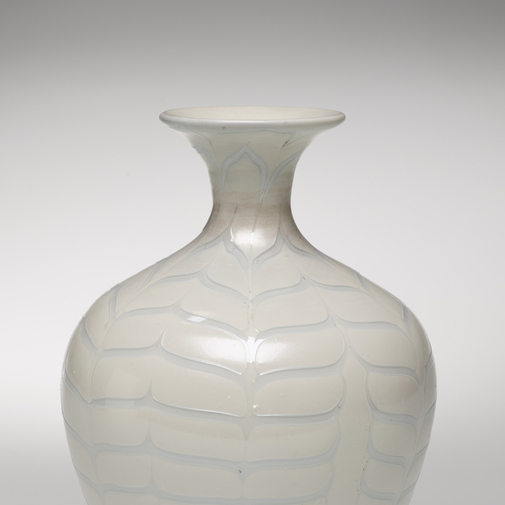 193: Carlo Scarpa / Fenici vase (2 of 3)