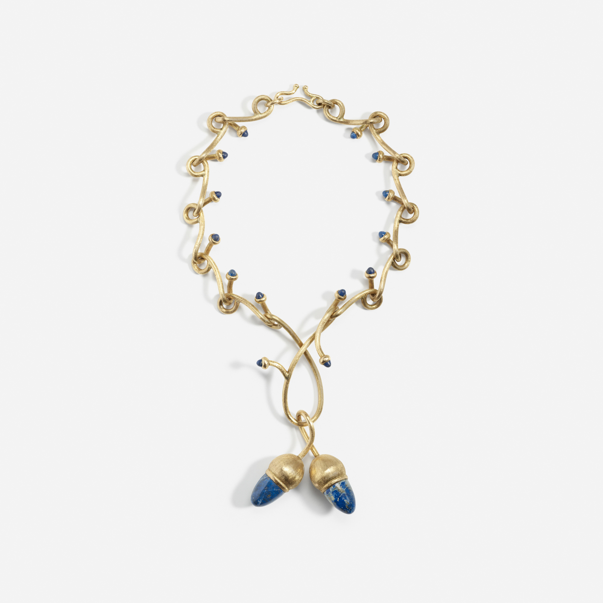 195:  / A gold and lapis lazuli necklace (1 of 1)
