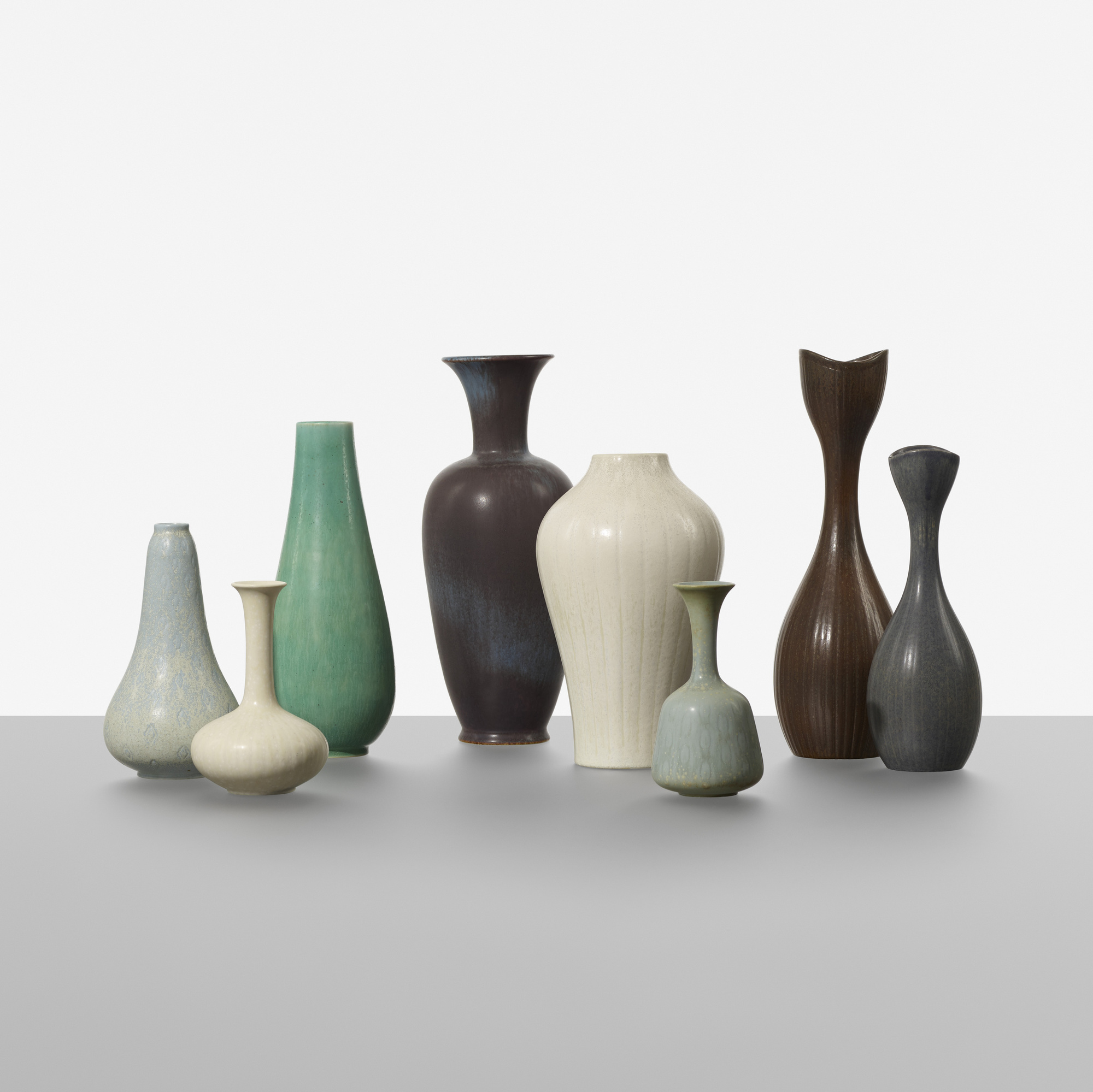 197: Gunnar Nylund / collection of eight vases (1 of 3)