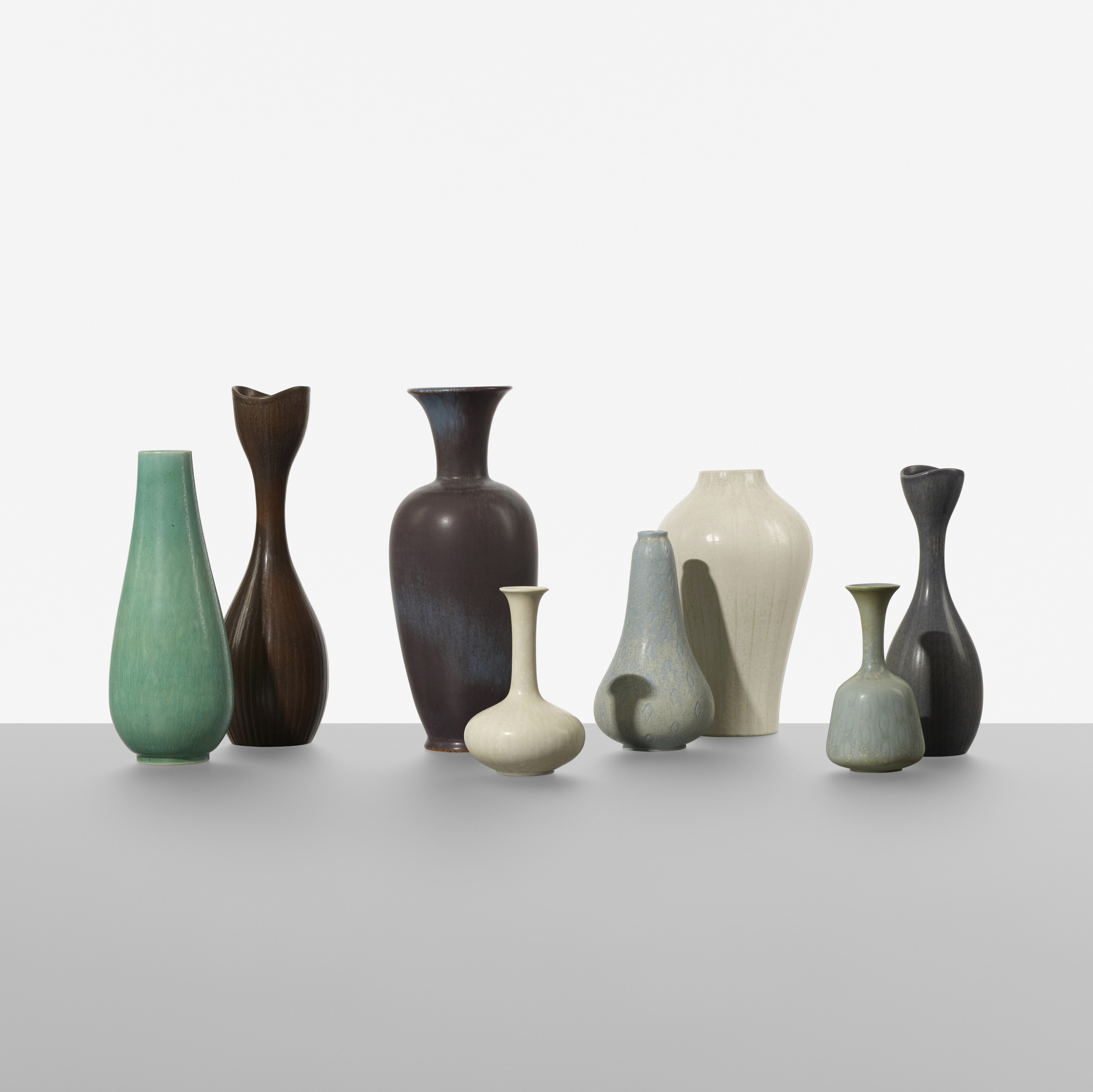 197: Gunnar Nylund / collection of eight vases (2 of 3)