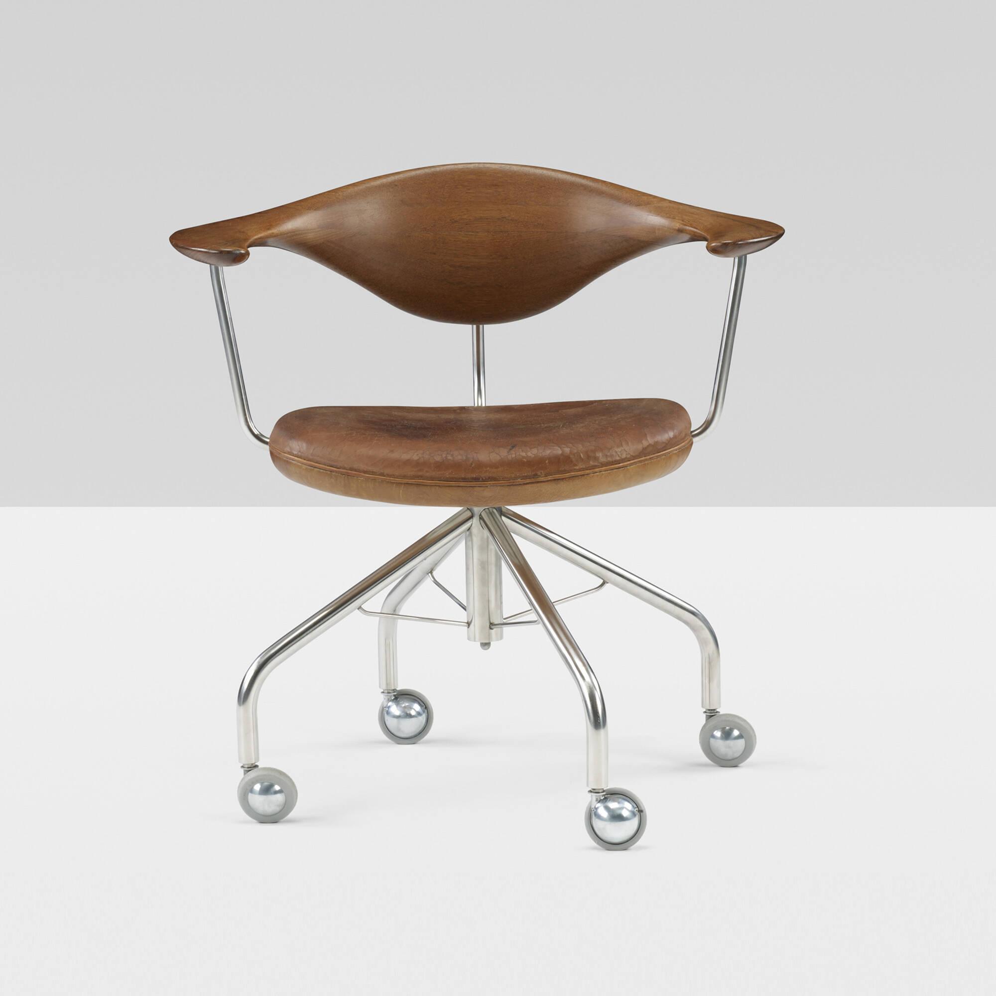 198: Hans J. Wegner / Swivel chair (1 of 9)
