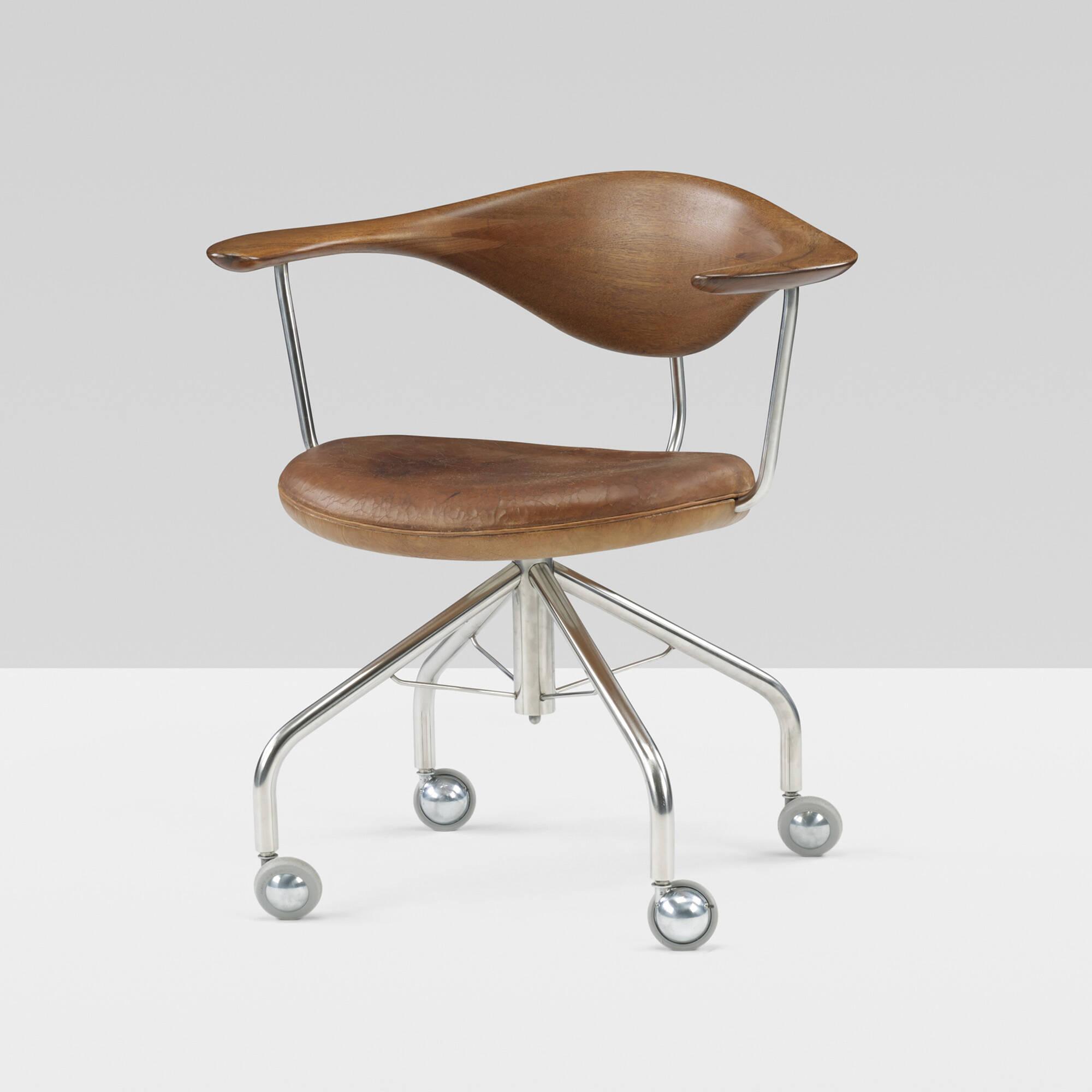 198: Hans J. Wegner / Swivel chair (2 of 9)